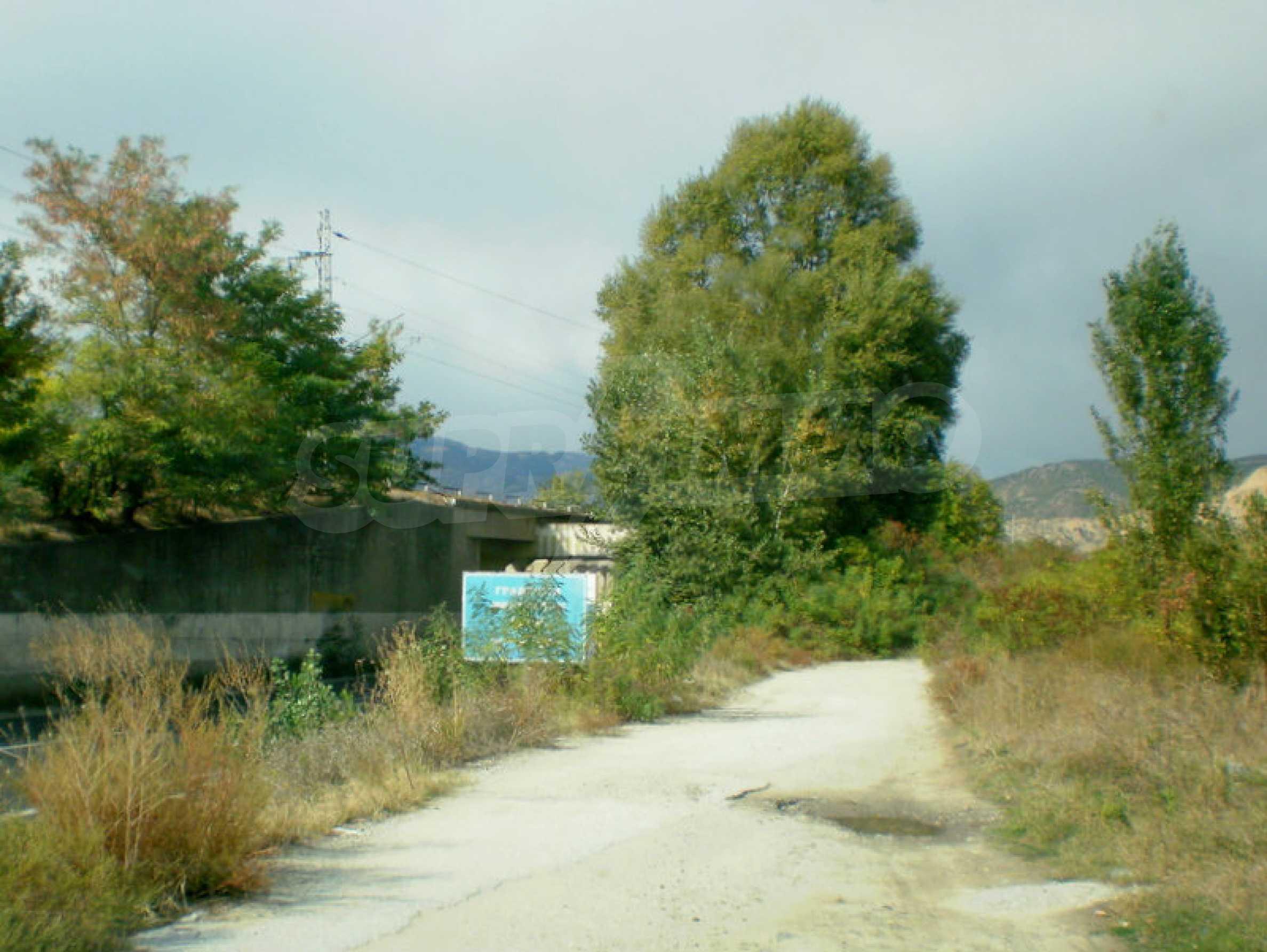 Участок возле Градешки минеральных источников
