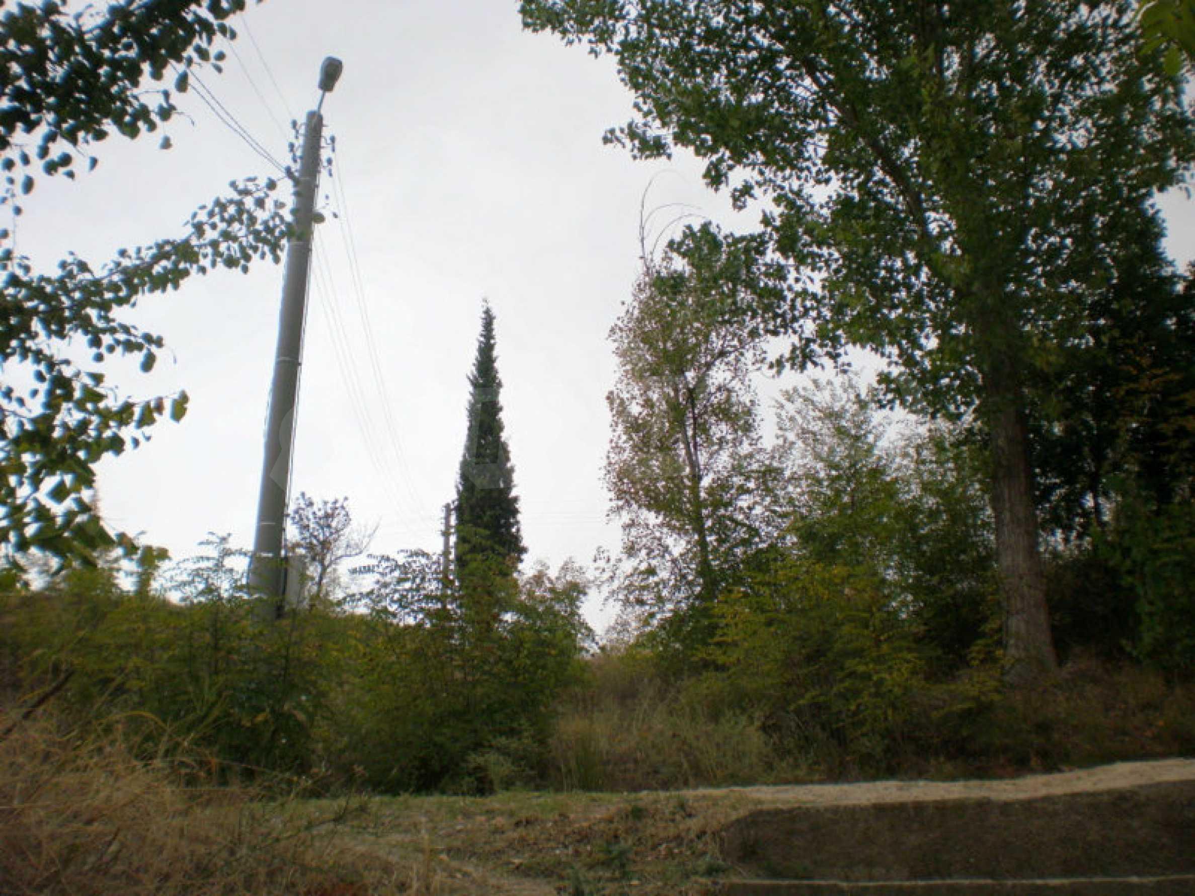Участок возле Градешки минеральных источников  3