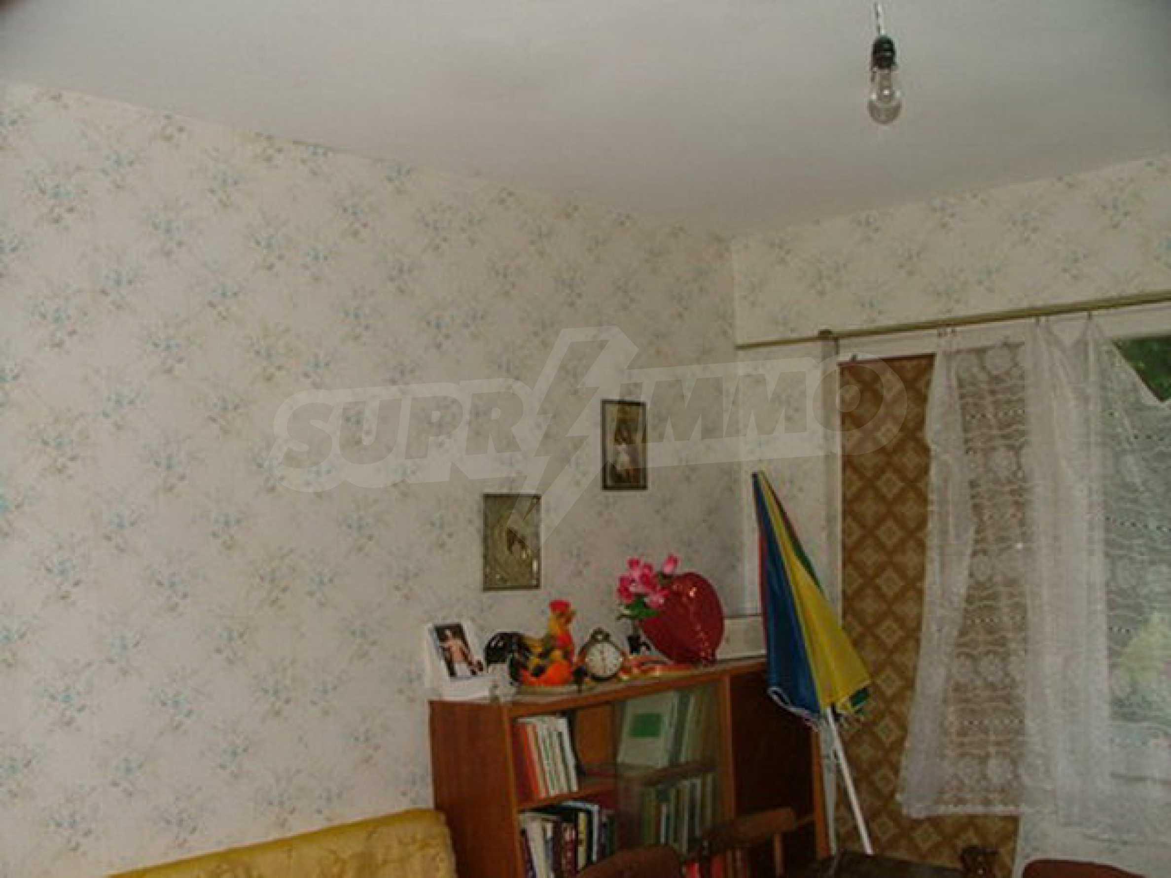 Einstöckiges Haus in der Nähe von Veliko Tarnovo 9