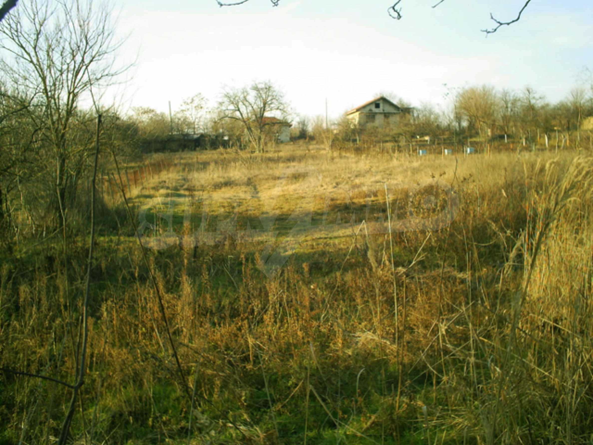 Regulated plot of land near Varna 1