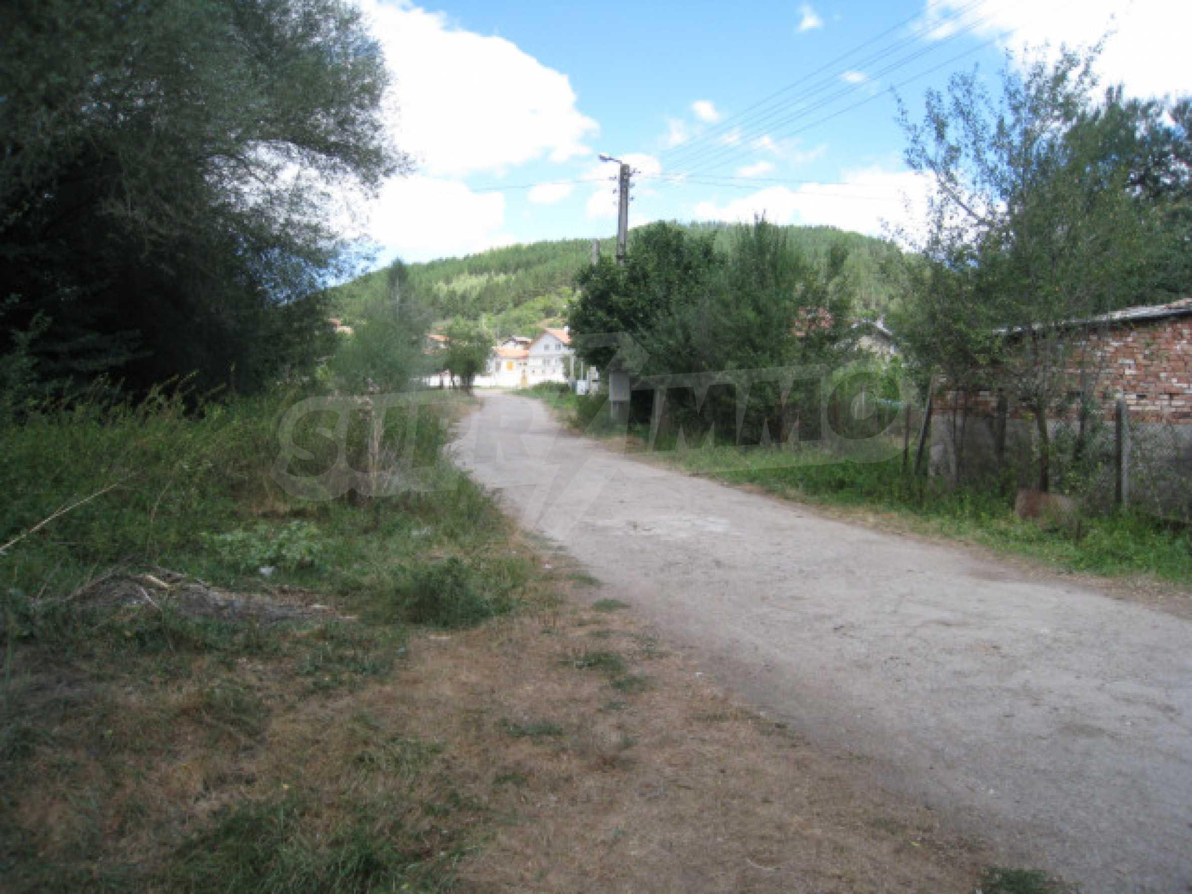 Земельный участок вблизи г. София 12