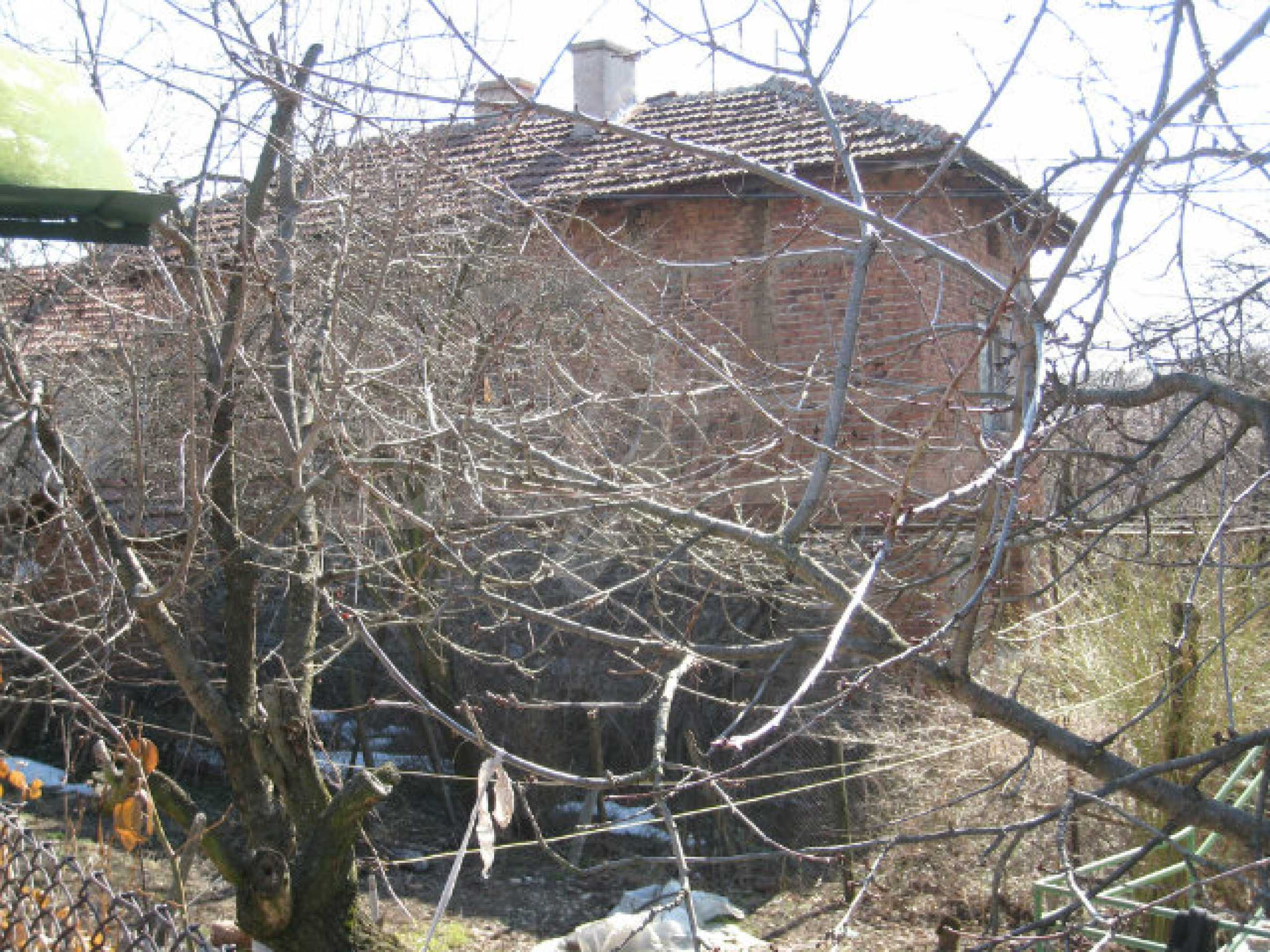 Old house with yard 70 km from Sofia 46
