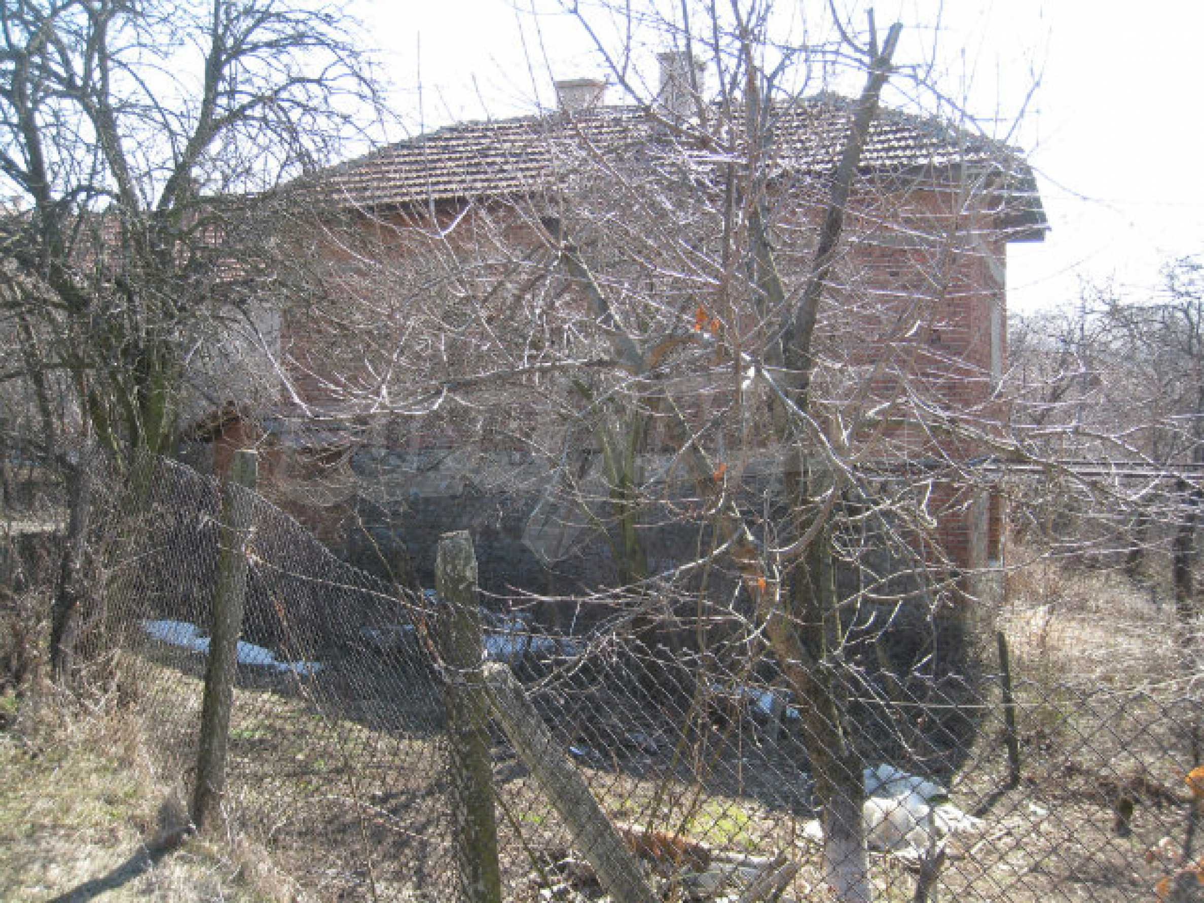 Old house with yard 70 km from Sofia 47