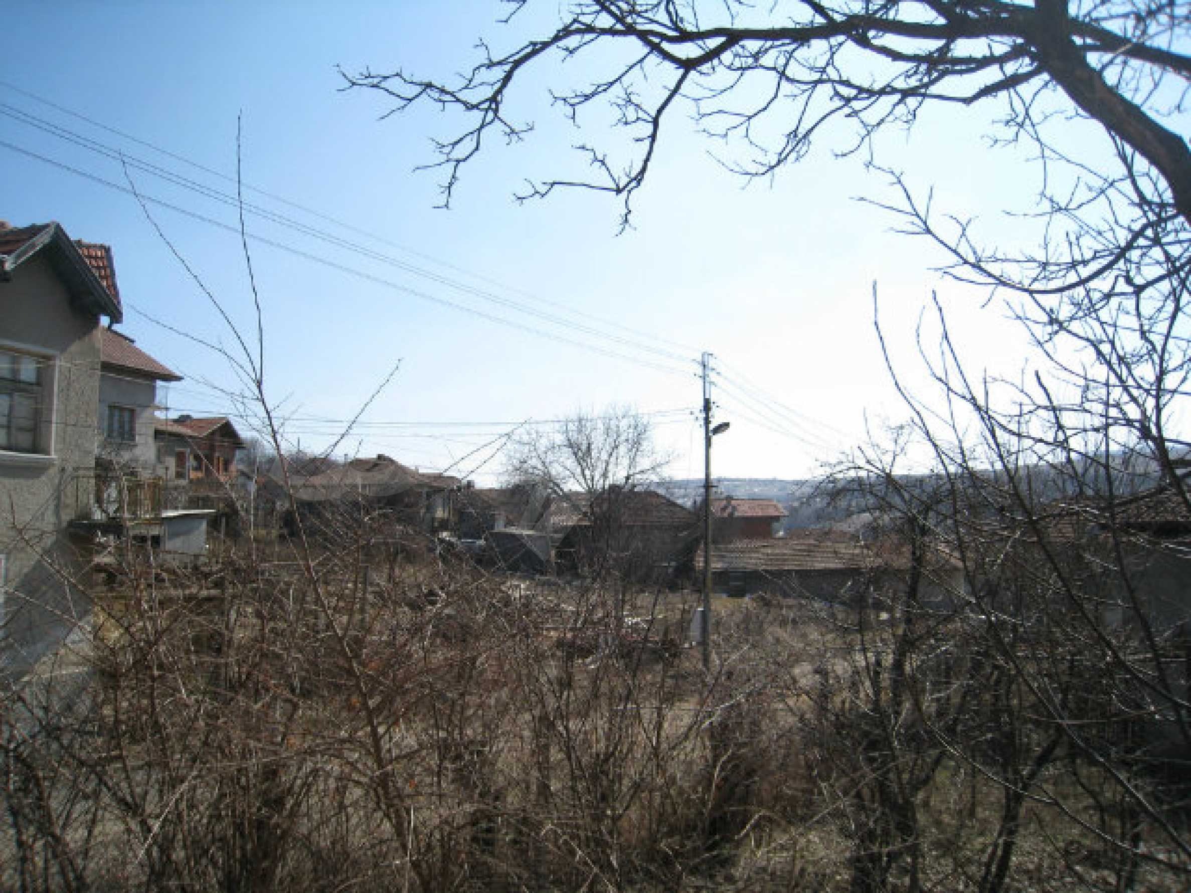Old house with yard 70 km from Sofia 6