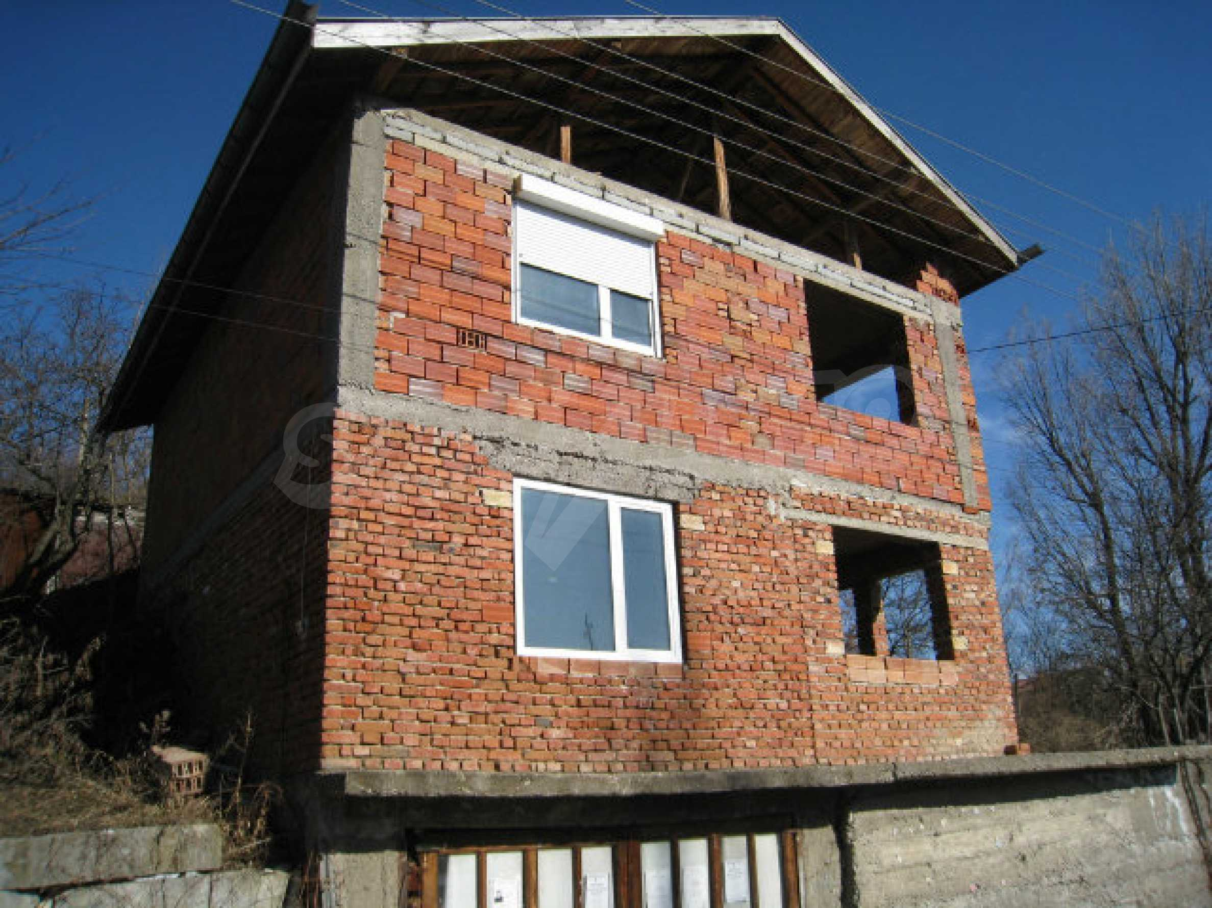 Old and new houses with yard in village 21 km from Kyustendil 1