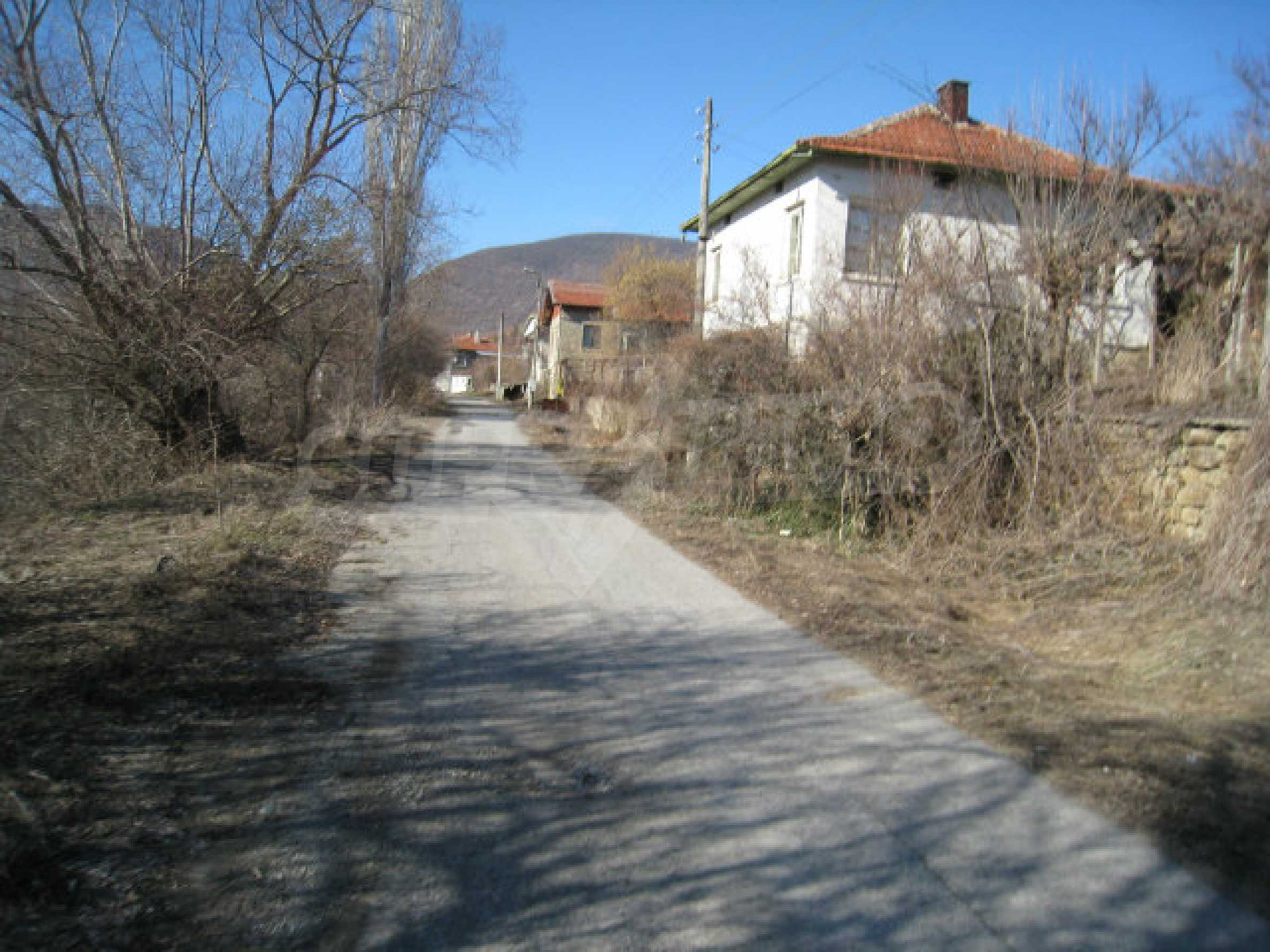 Old and new houses with yard in village 21 km from Kyustendil 59