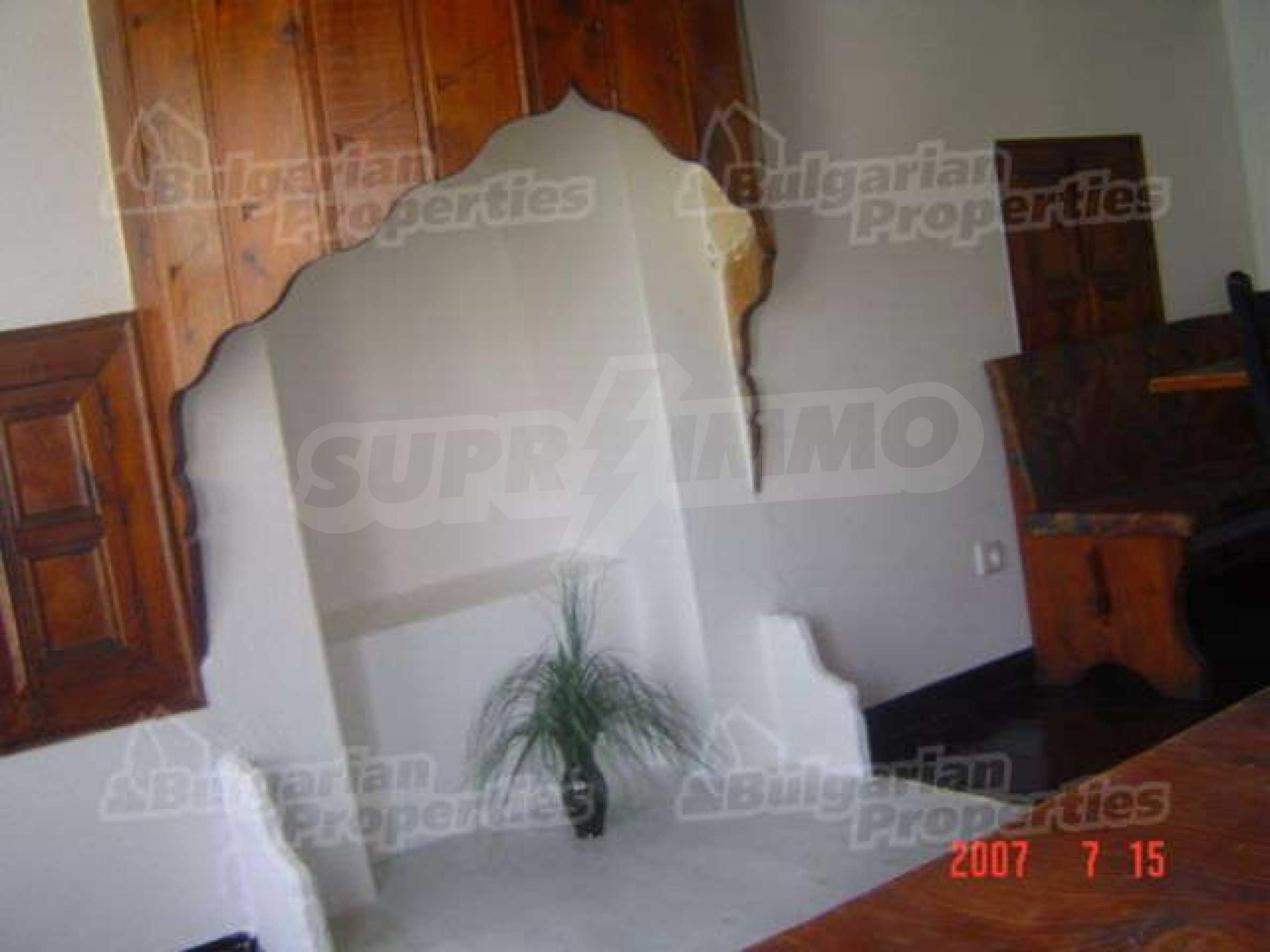 4-спальный дом в продаже около Пампорово 10