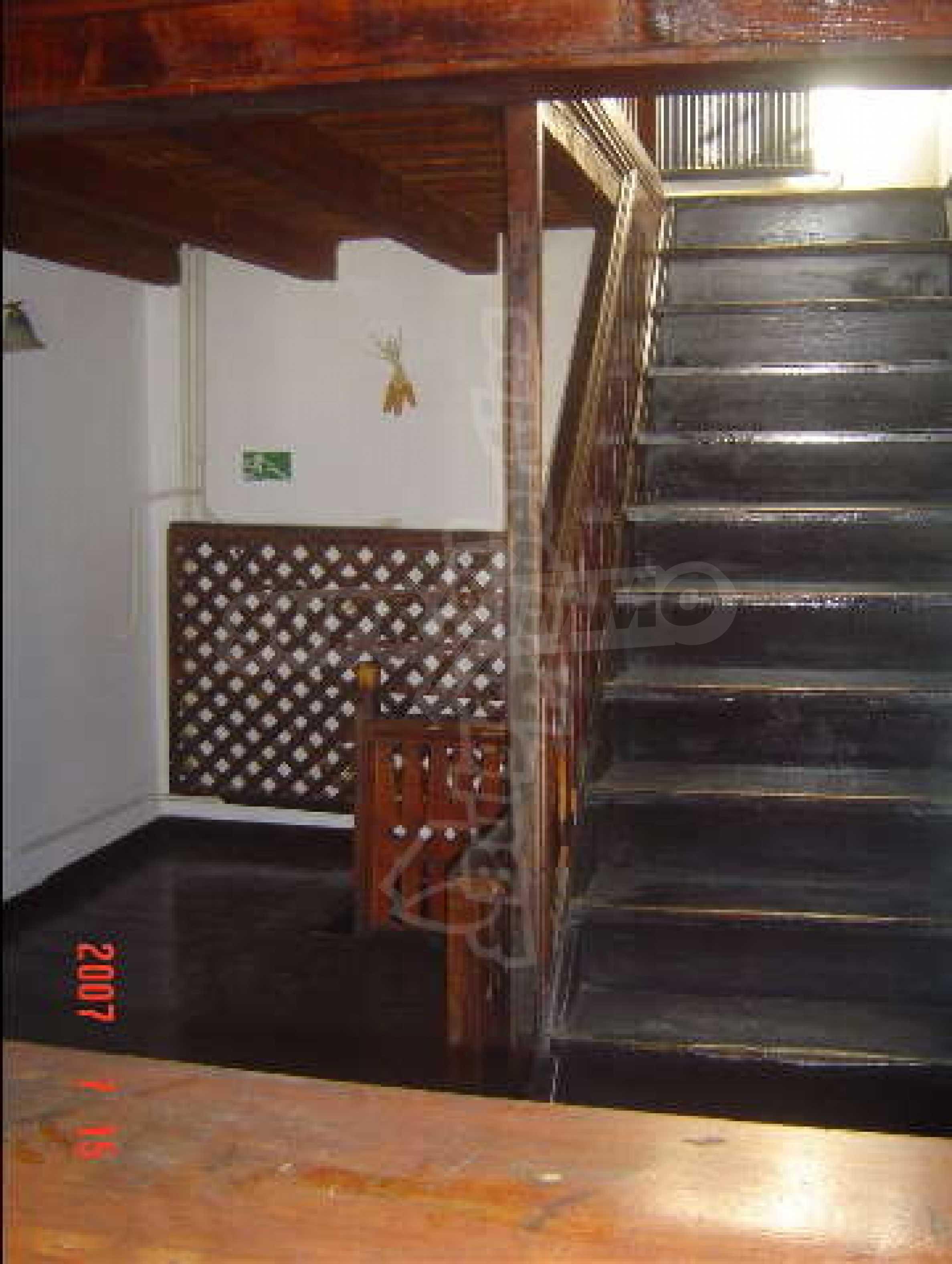4-спальный дом в продаже около Пампорово 15