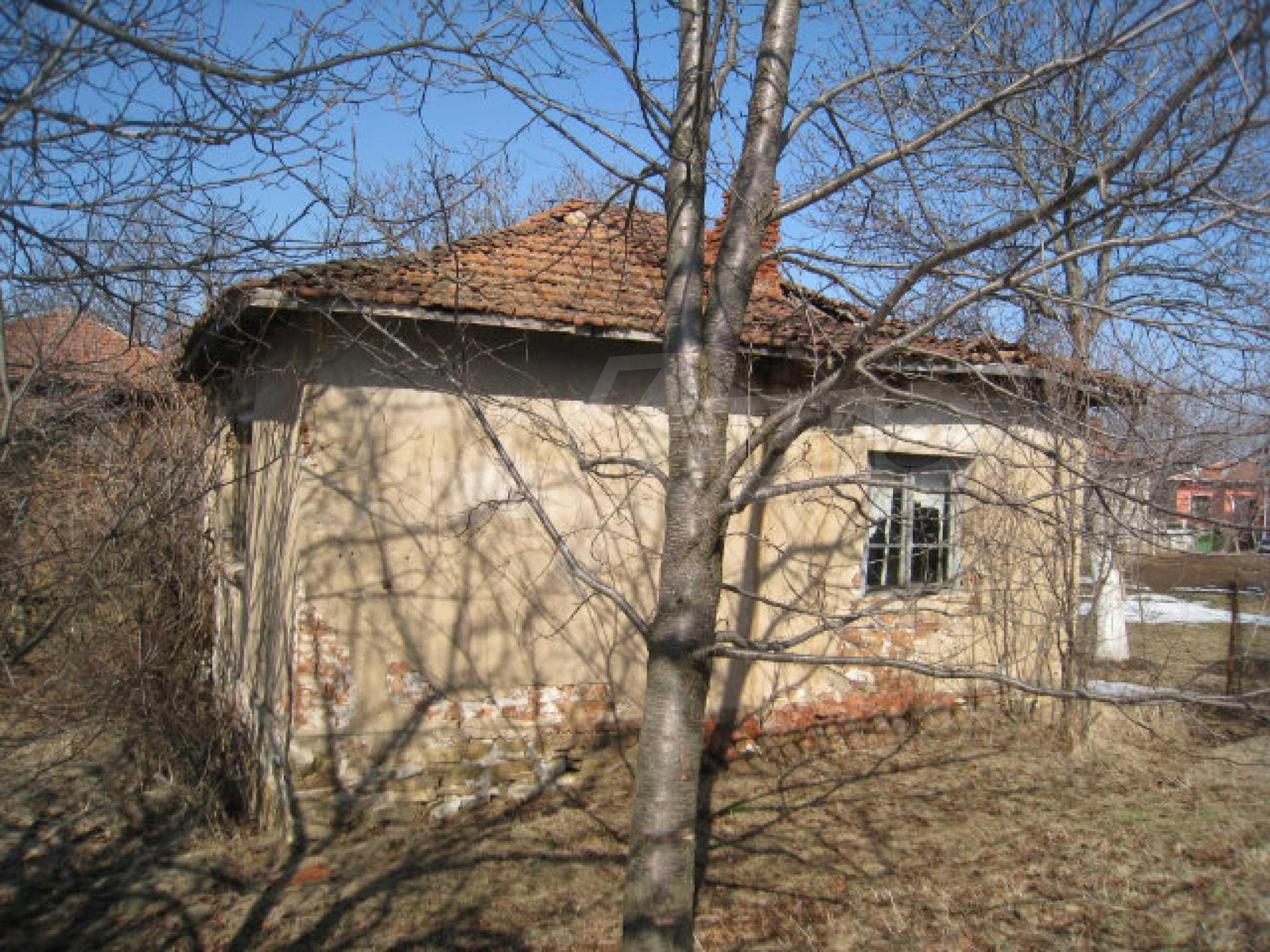 Haus in der Nähe von Pernik 6