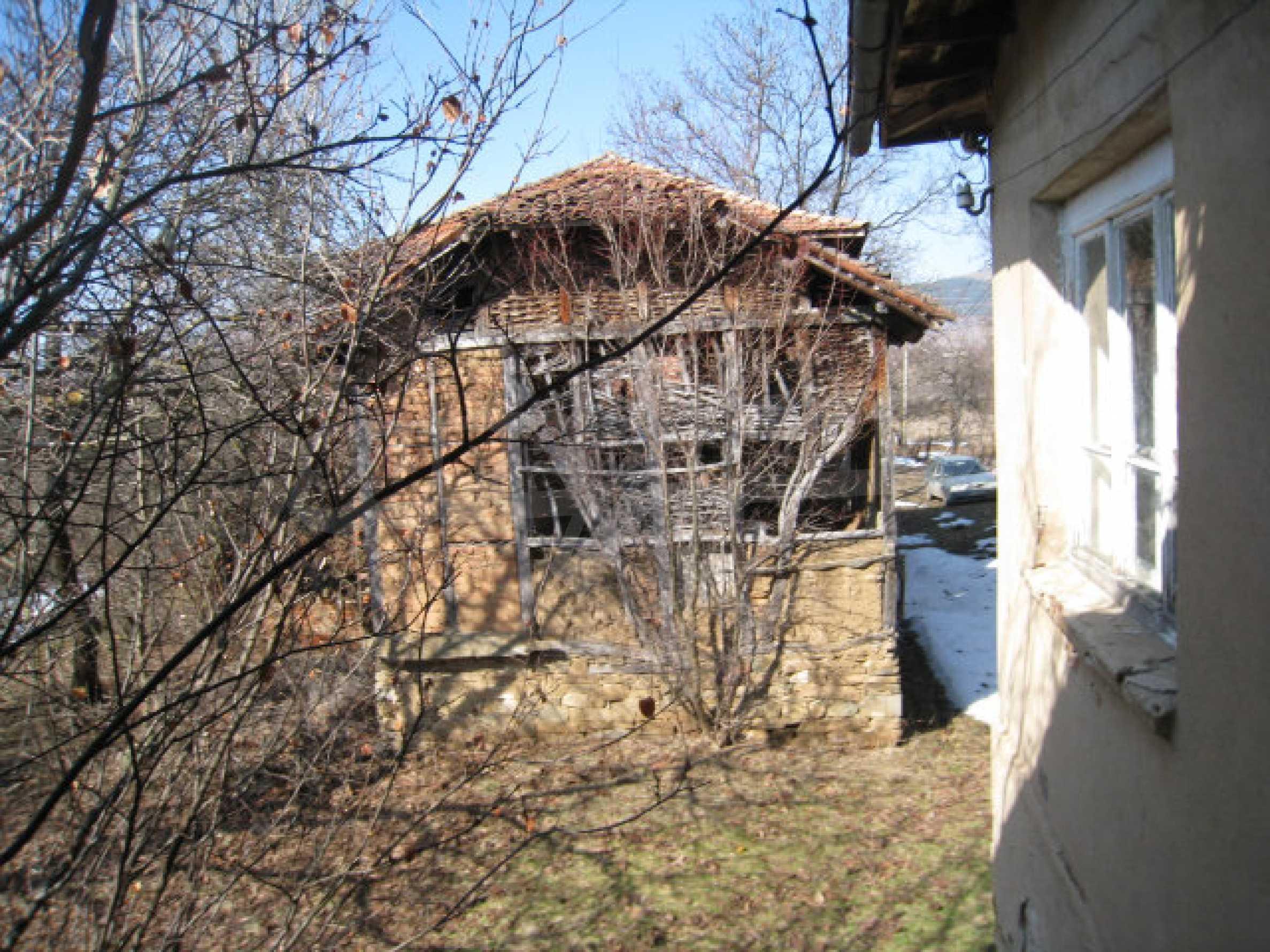 Haus in der Nähe von Pernik 8