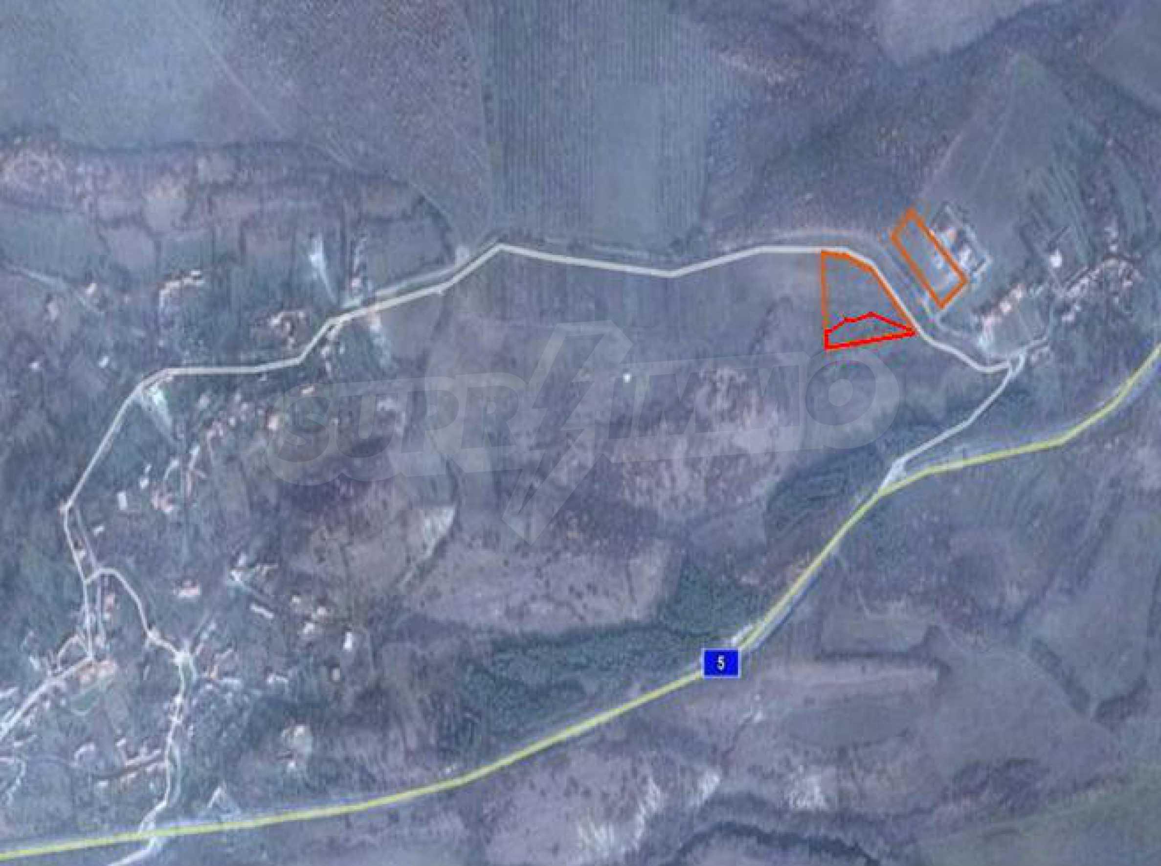 Земельный участок, предназначенный для постройки дома, в маленькой деревне в 5 км. от Дряново 4