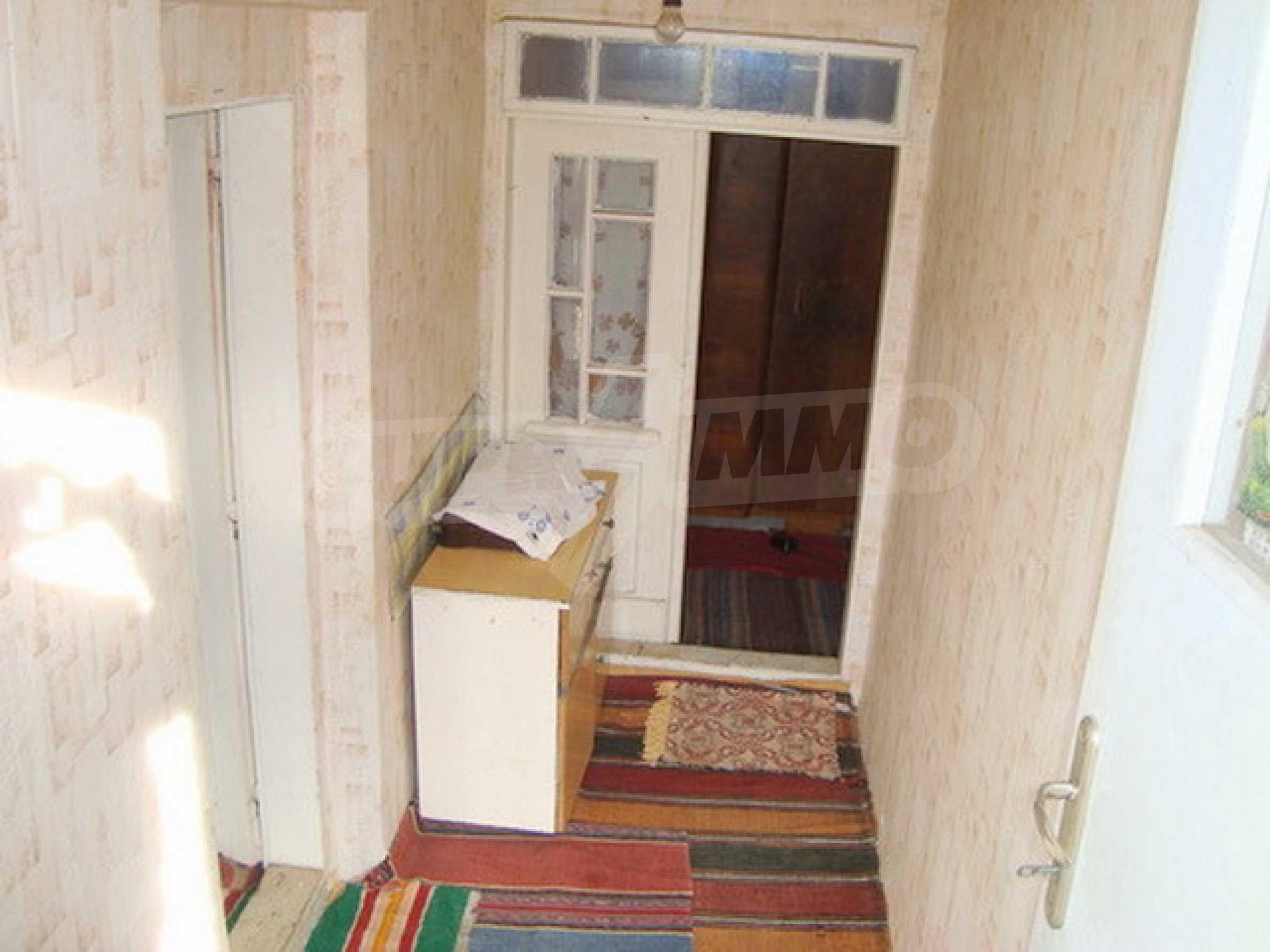 Дом в с. Горски Сеновец 1