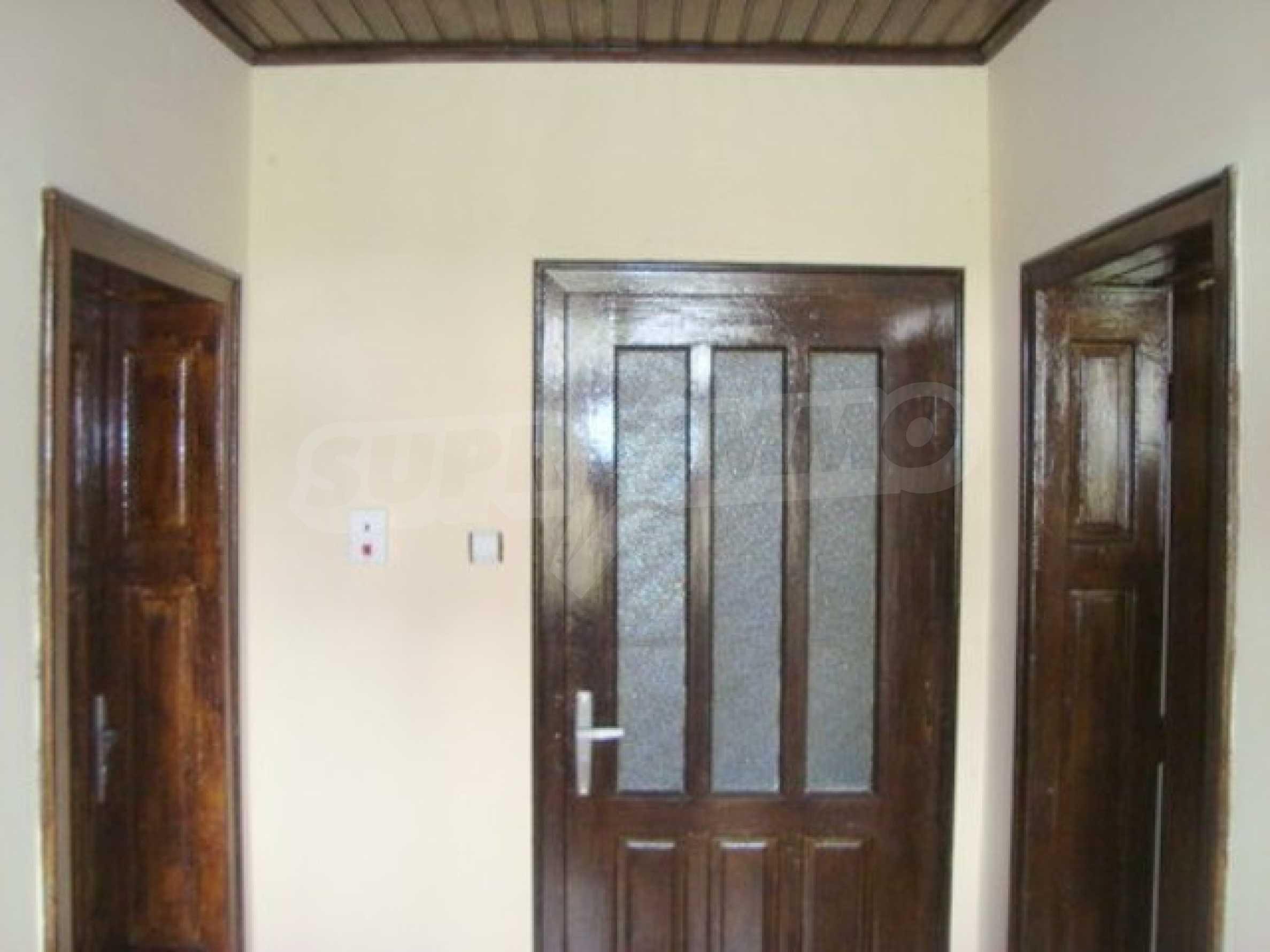 Дом в с. Горна Липница 6