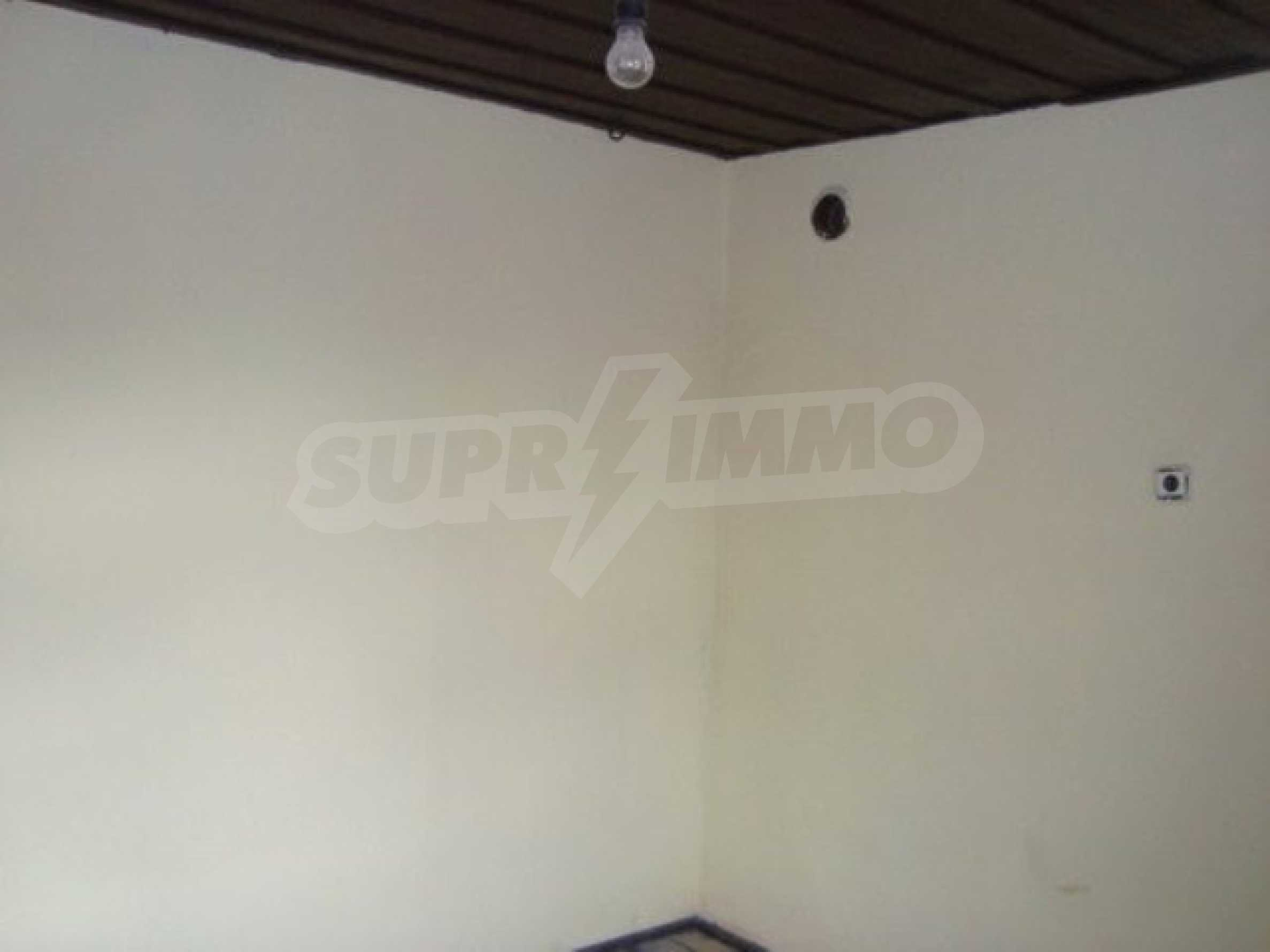 Two-storey house for sale in the village of Dolna Lipnitsa 9