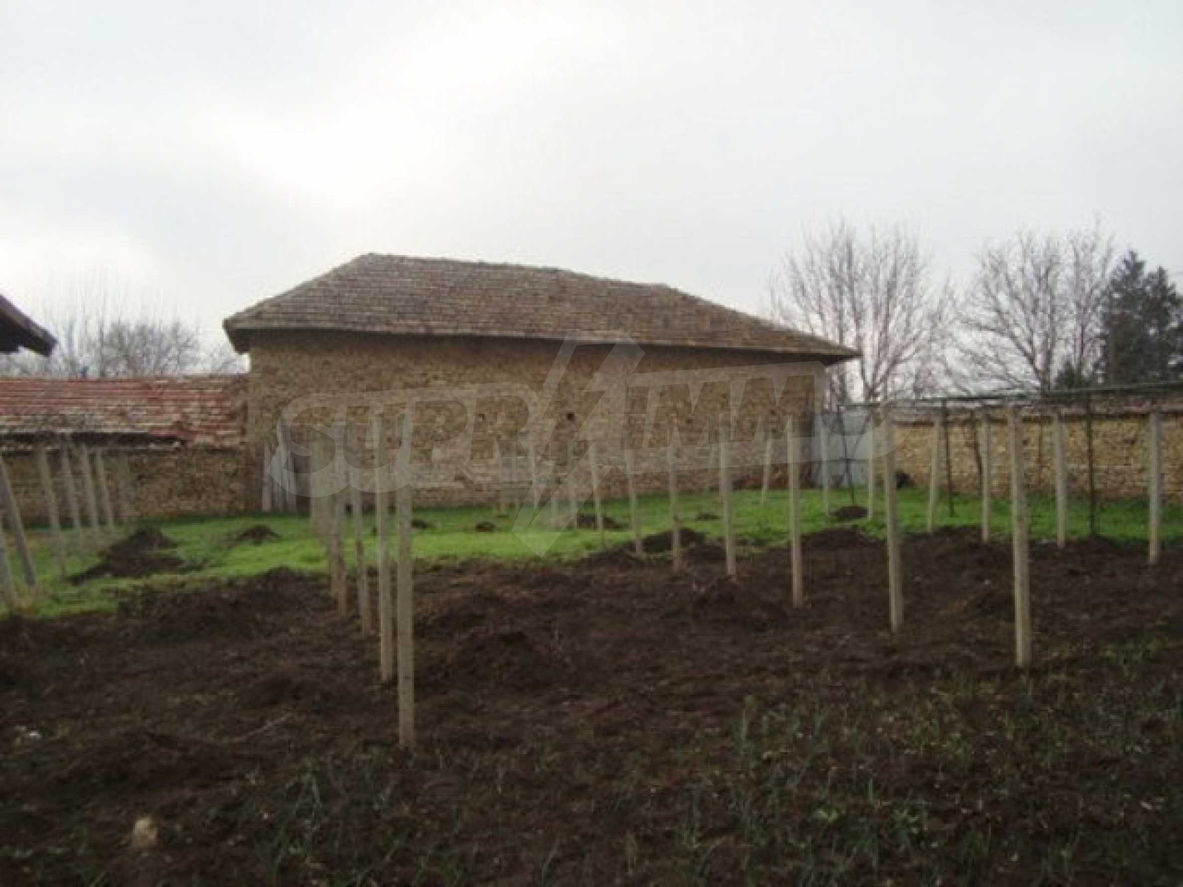 Two-storey house for sale in the village of Dolna Lipnitsa 10
