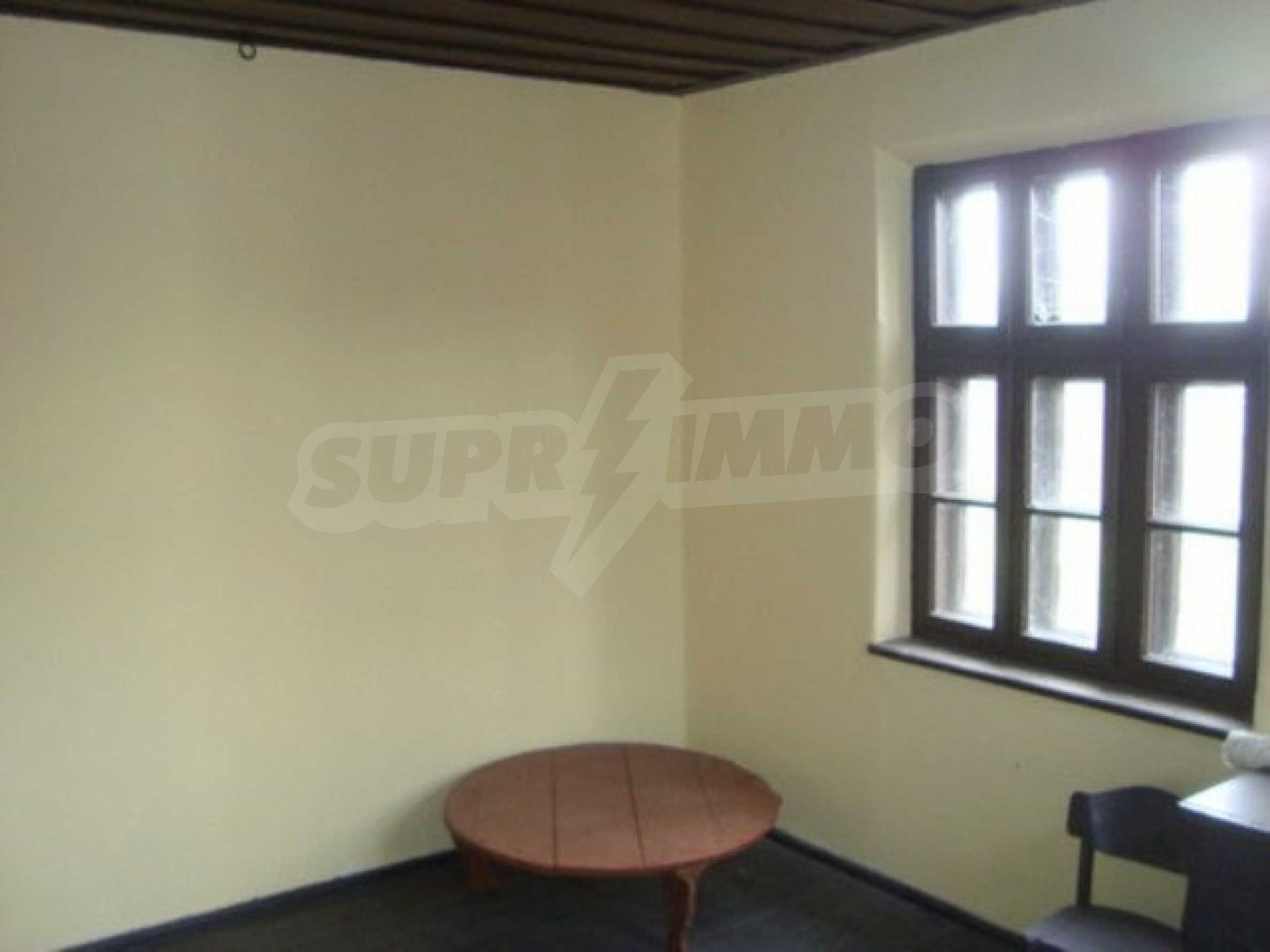 Two-storey house for sale in the village of Dolna Lipnitsa 8