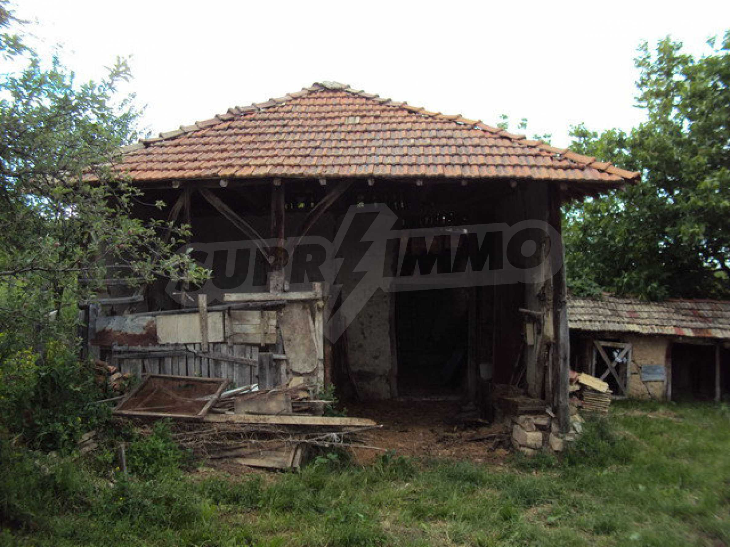 A house on two levels with garden  50 km. from the old capital of Veliko Tarnovo 16
