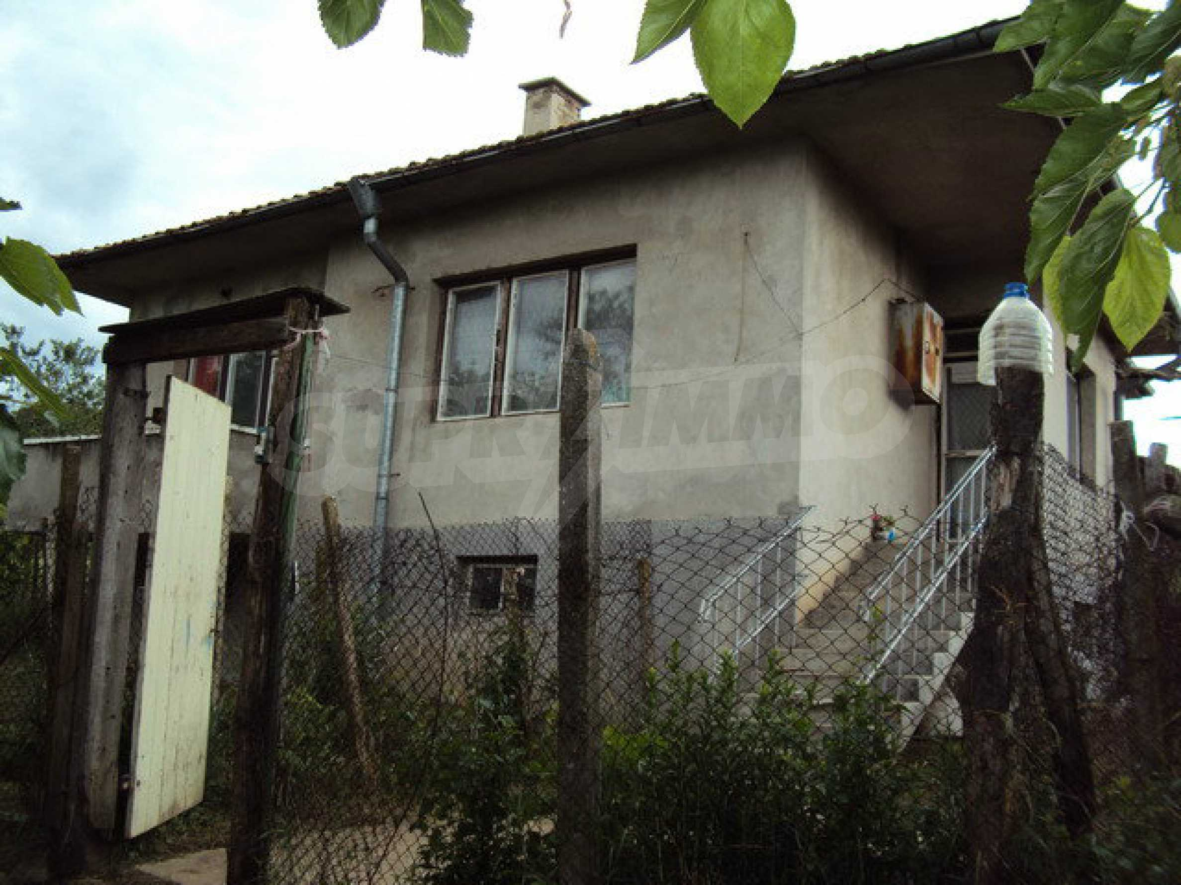 A house on two levels with garden  50 km. from the old capital of Veliko Tarnovo 22