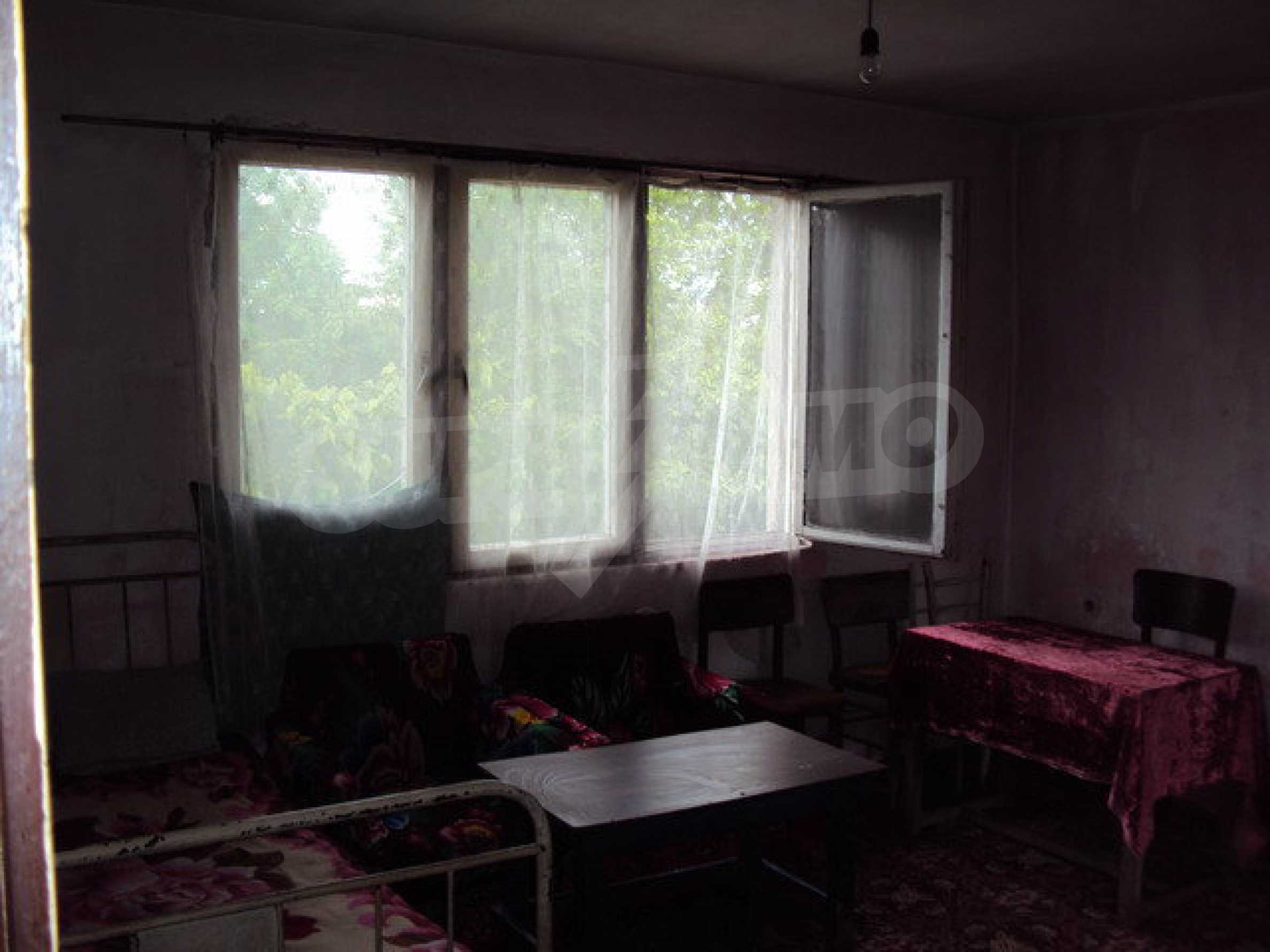 A house on two levels with garden  50 km. from the old capital of Veliko Tarnovo 23