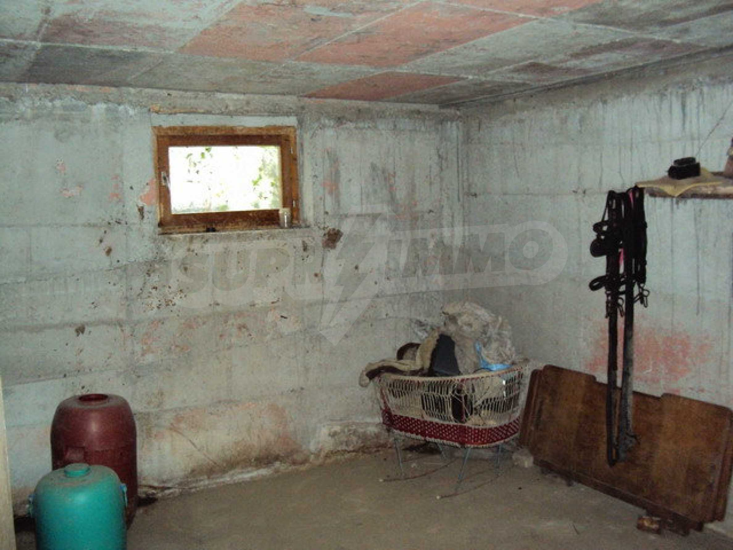 A house on two levels with garden  50 km. from the old capital of Veliko Tarnovo 6