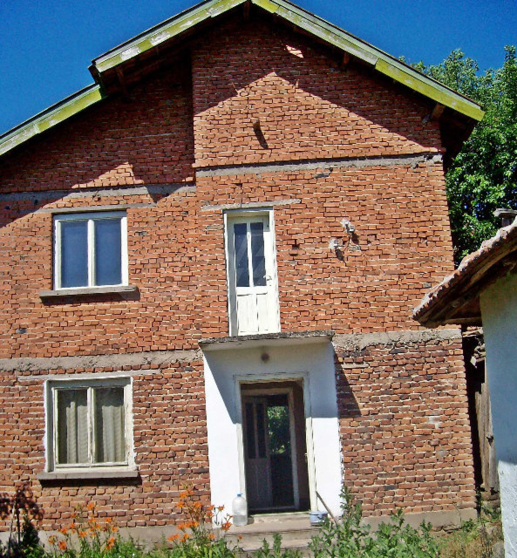 Massive Villa in einem Dorf 14 km von Kula entfernt 2