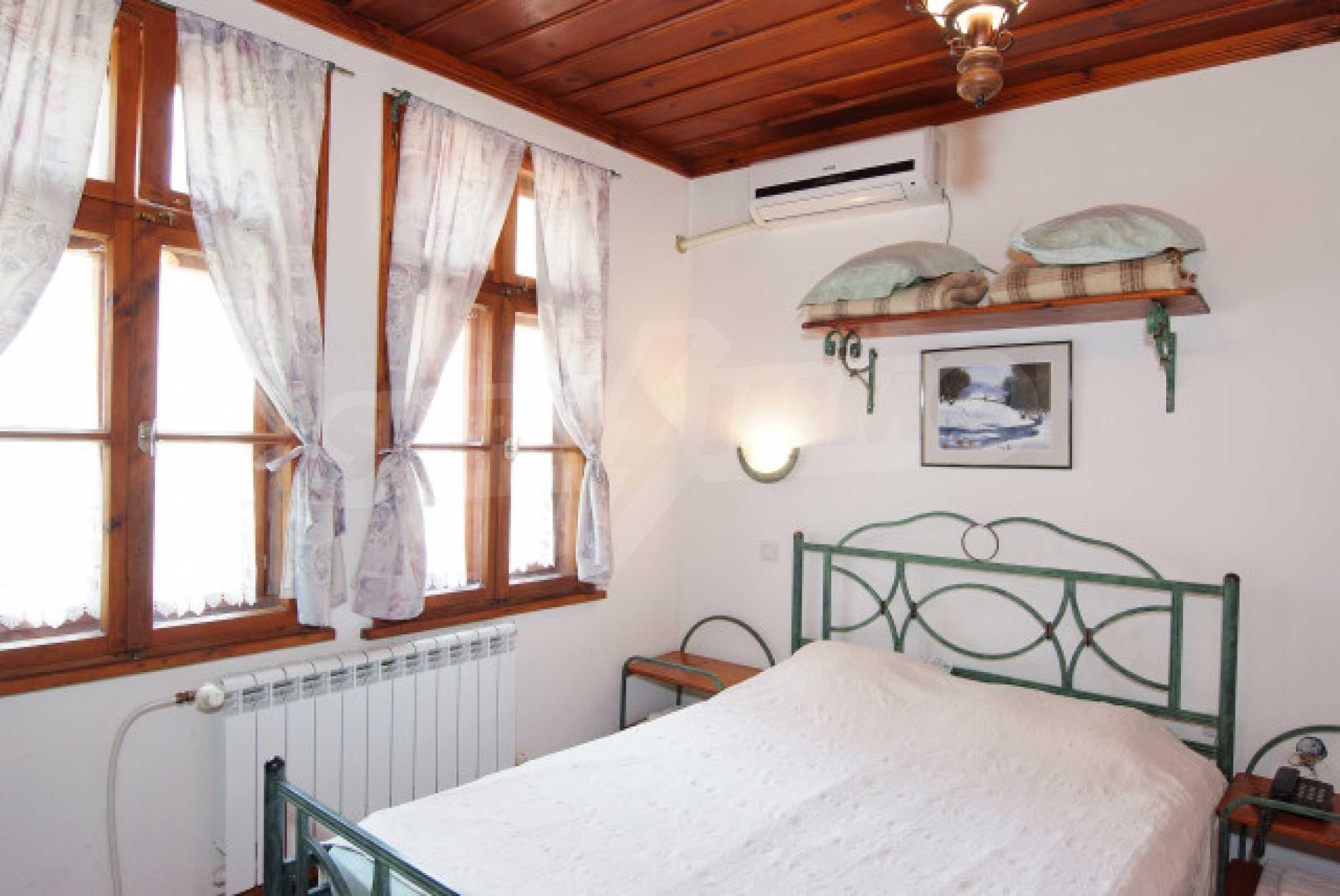 Семеен хотел в центъра на град Мелник 18