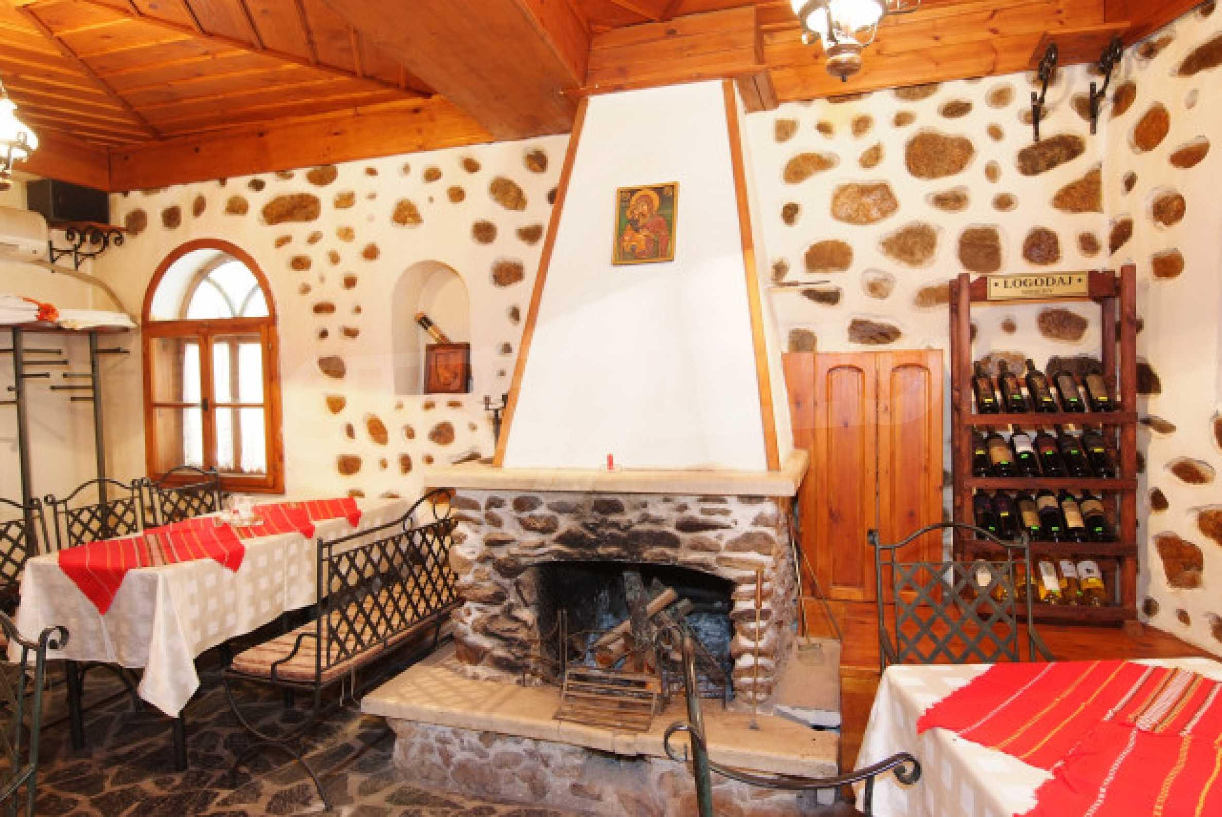 Семеен хотел в центъра на град Мелник 4