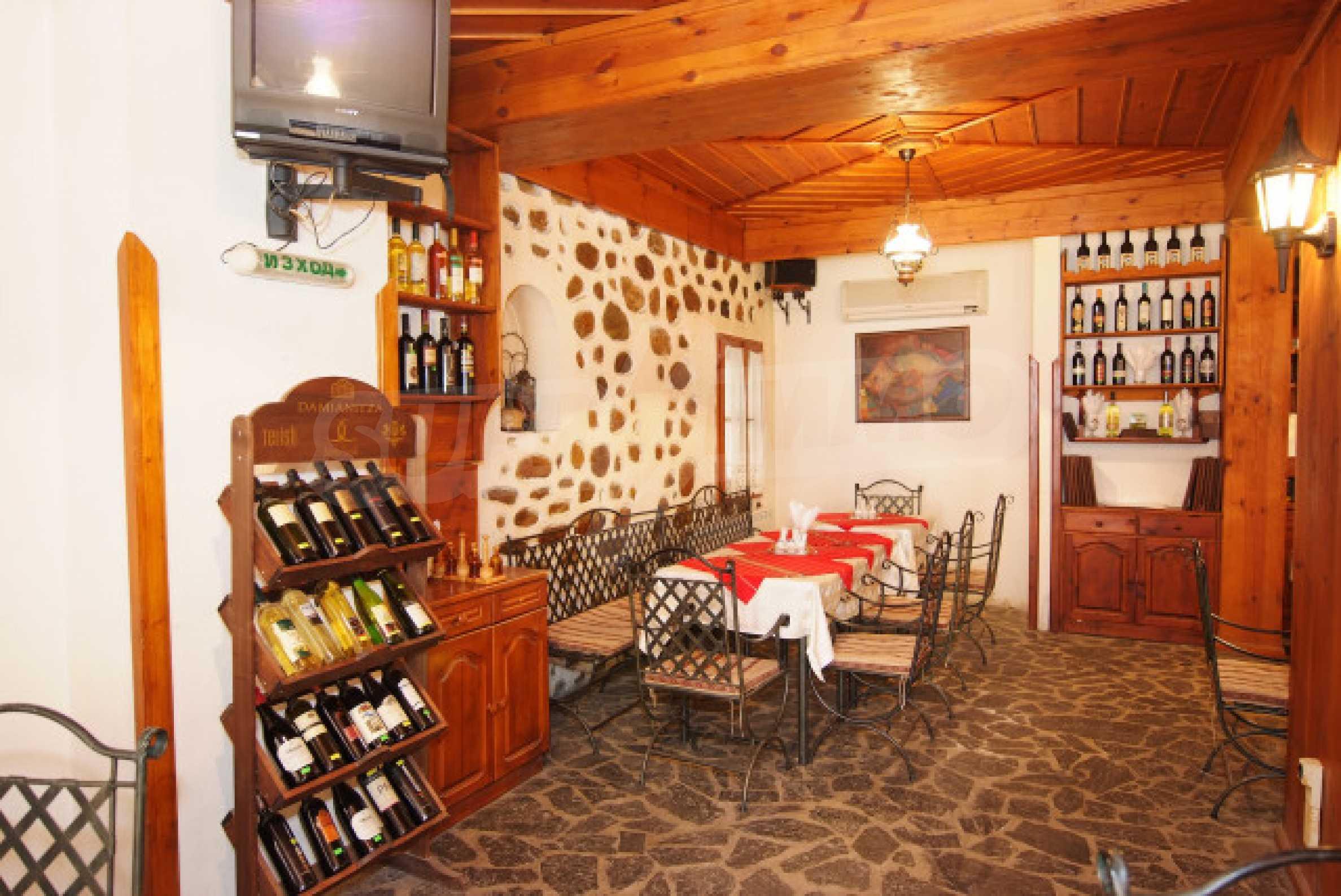 Семеен хотел в центъра на град Мелник 6