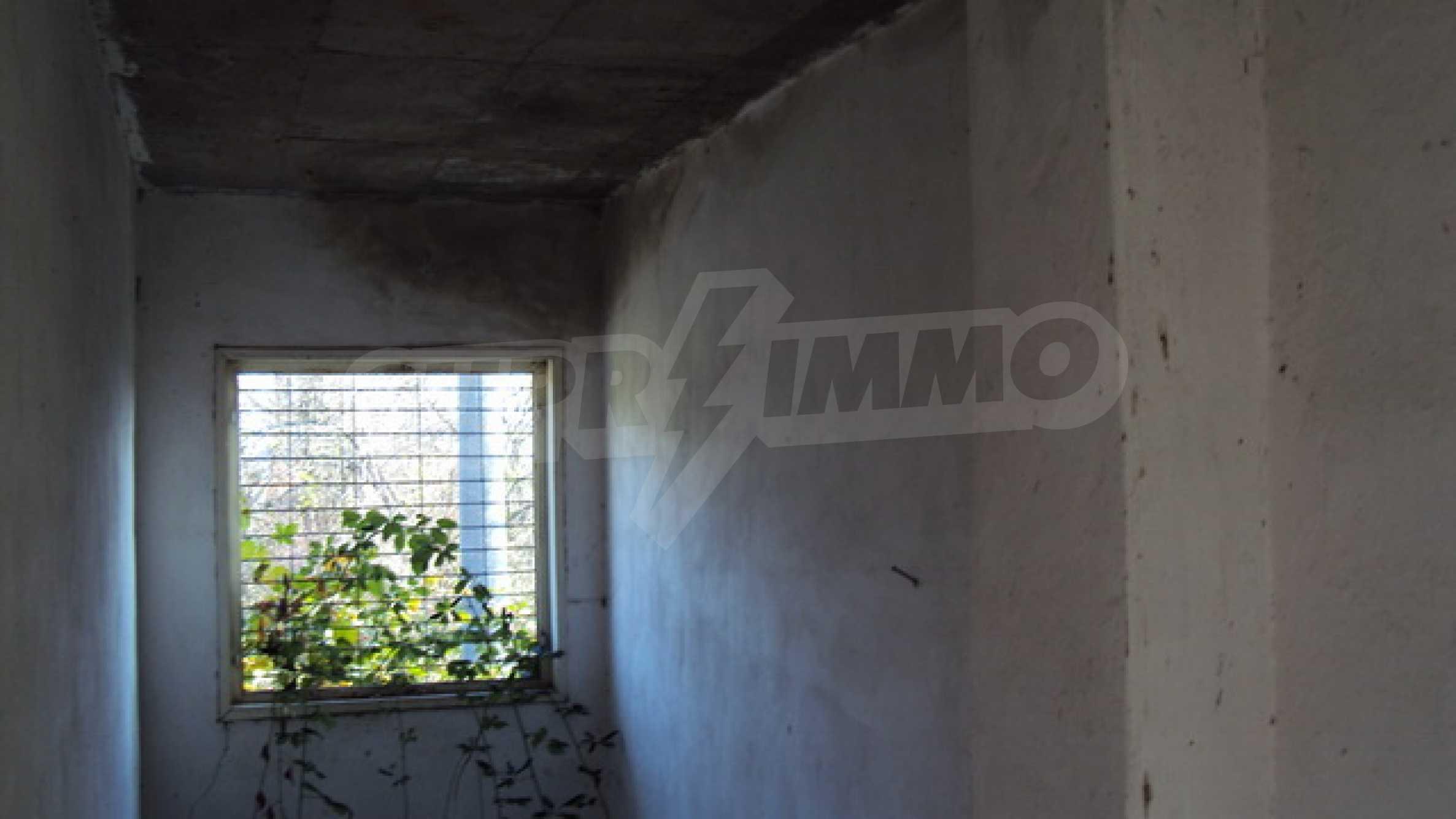 Продажа недвижимости вблизи г. Велико Тырново 9