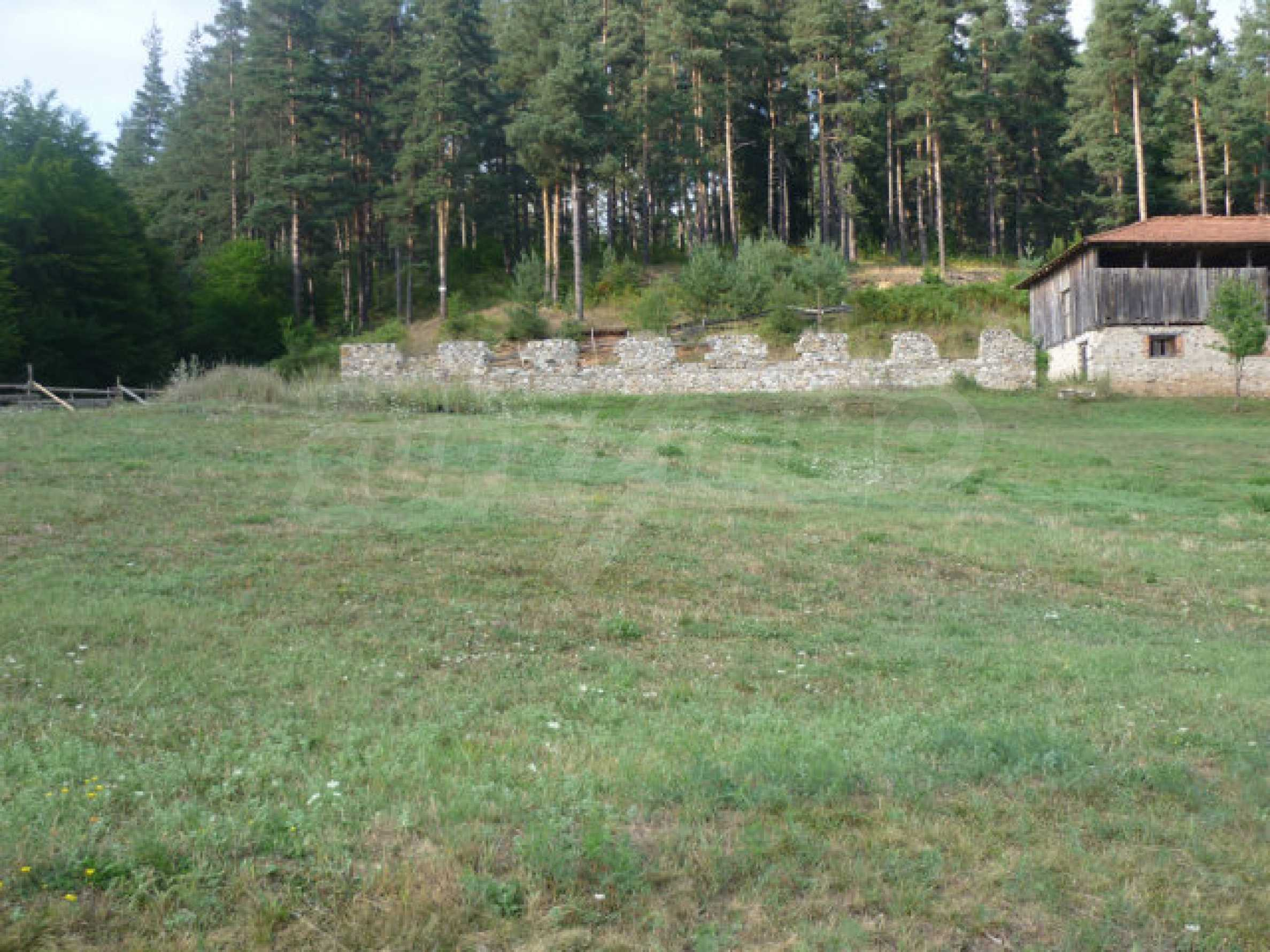 Large regulated plot of land in a quiet area near Smolyan 1