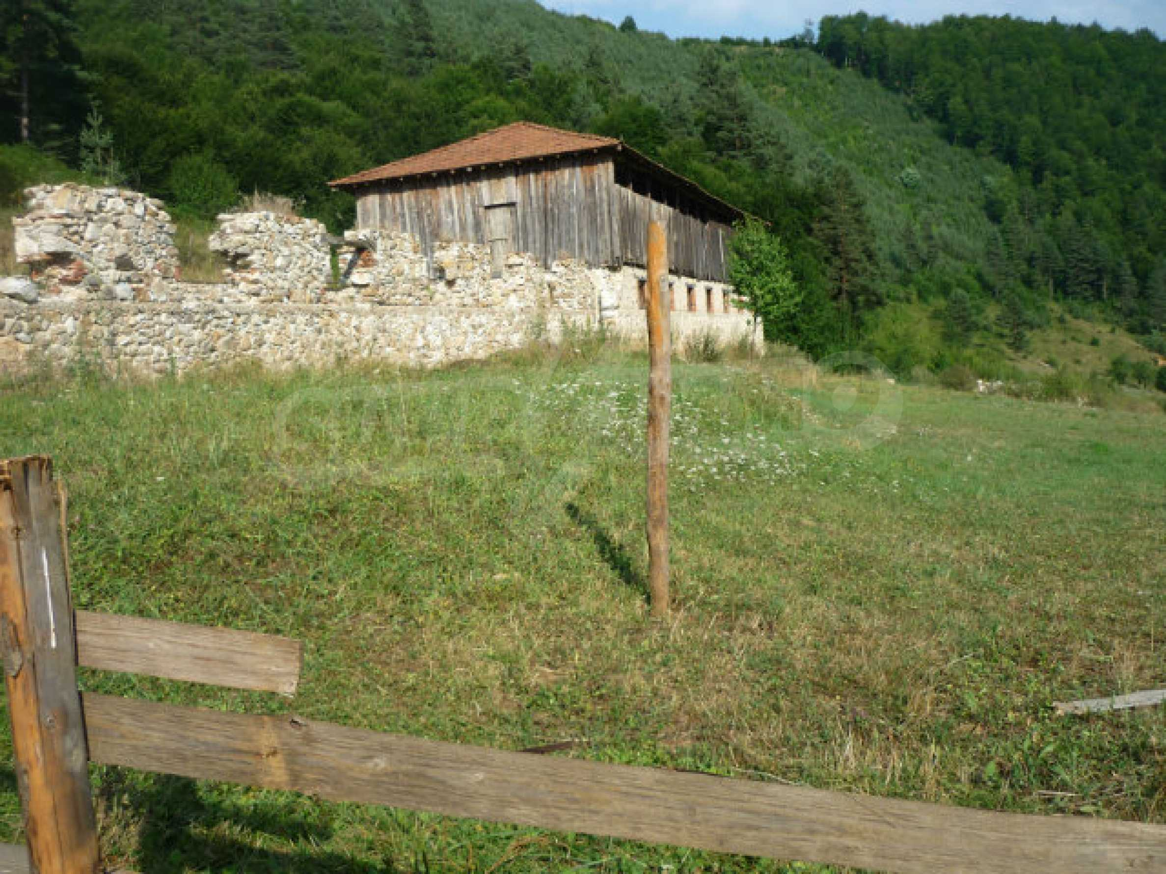 Large regulated plot of land in a quiet area near Smolyan 4