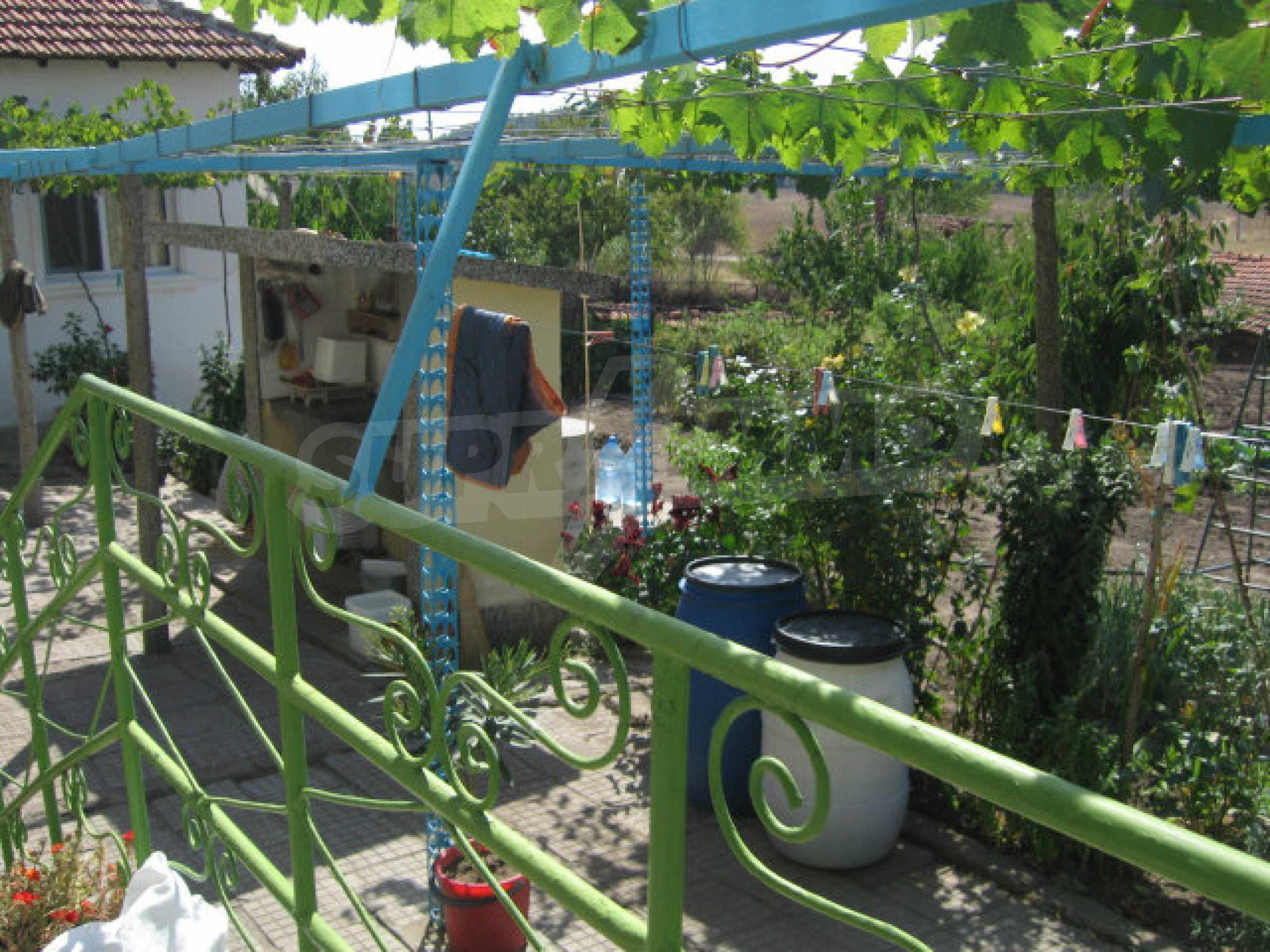 Großes und solides Haus mit einem Garten in einer schönen ländlichen Gegend in der Nähe von Topolovgrad und Elhovo 27