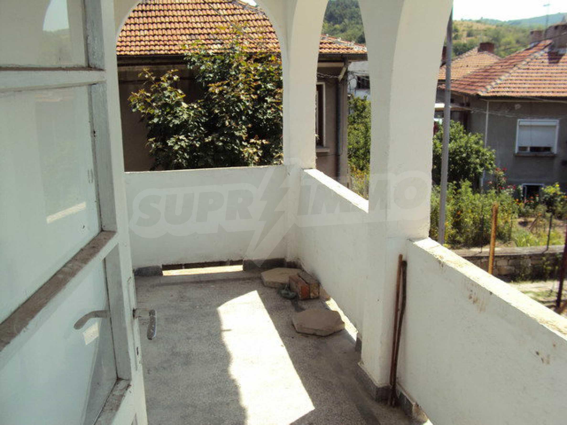 Spacious house with a yard, garage and additional building Dryanovo 4