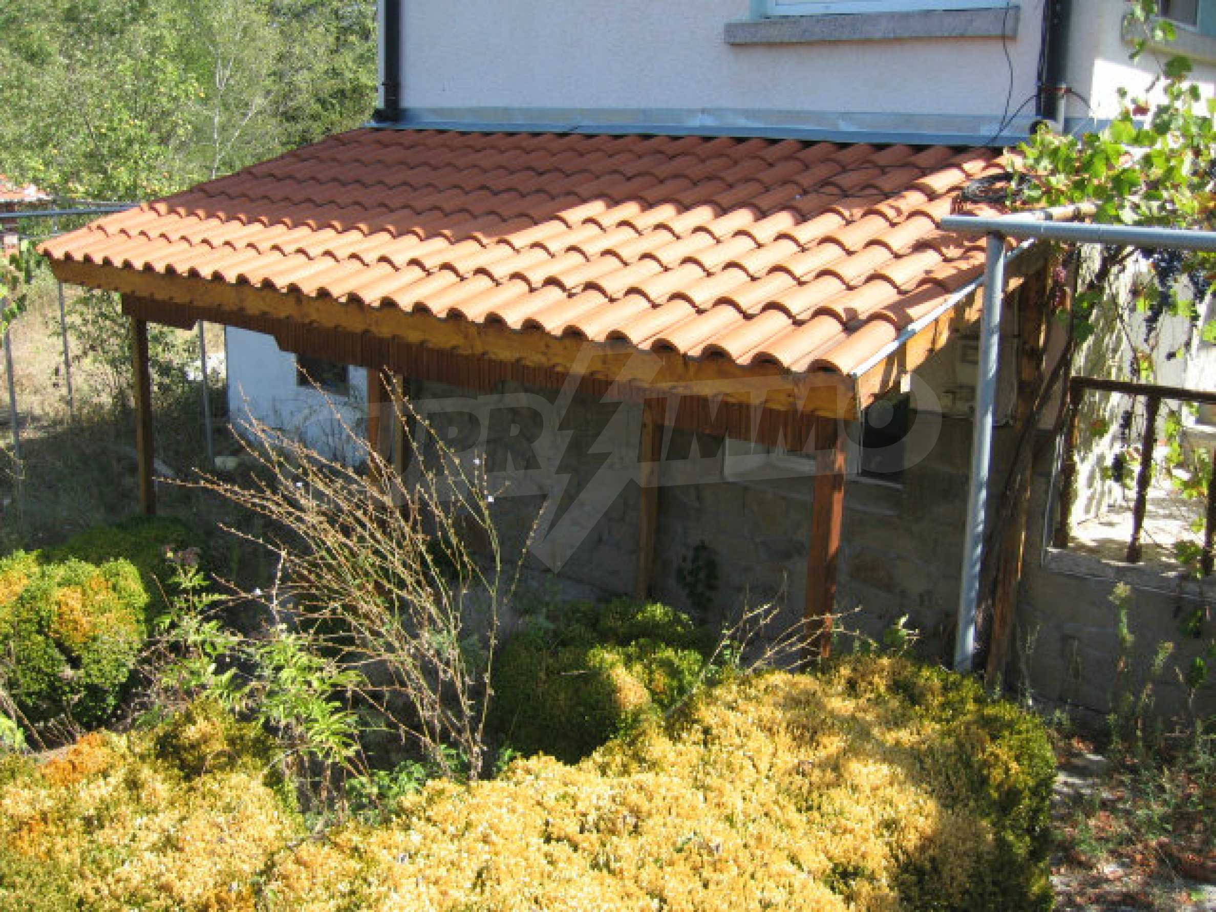 Renoviertes zweistöckiges Landhaus mit Garten in der Nähe von Elhovo 32