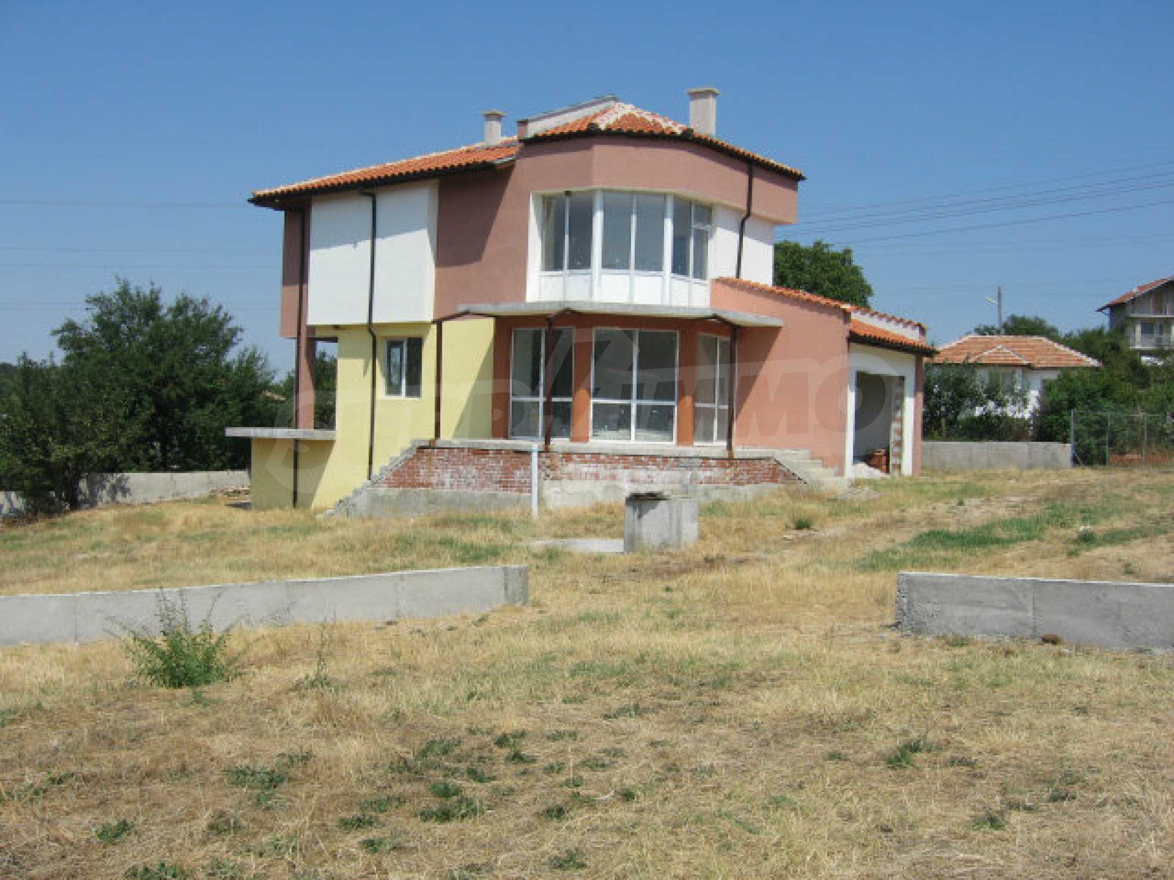 Newly-built house with beautiful views to the Sakar mountains near Topolovgrad