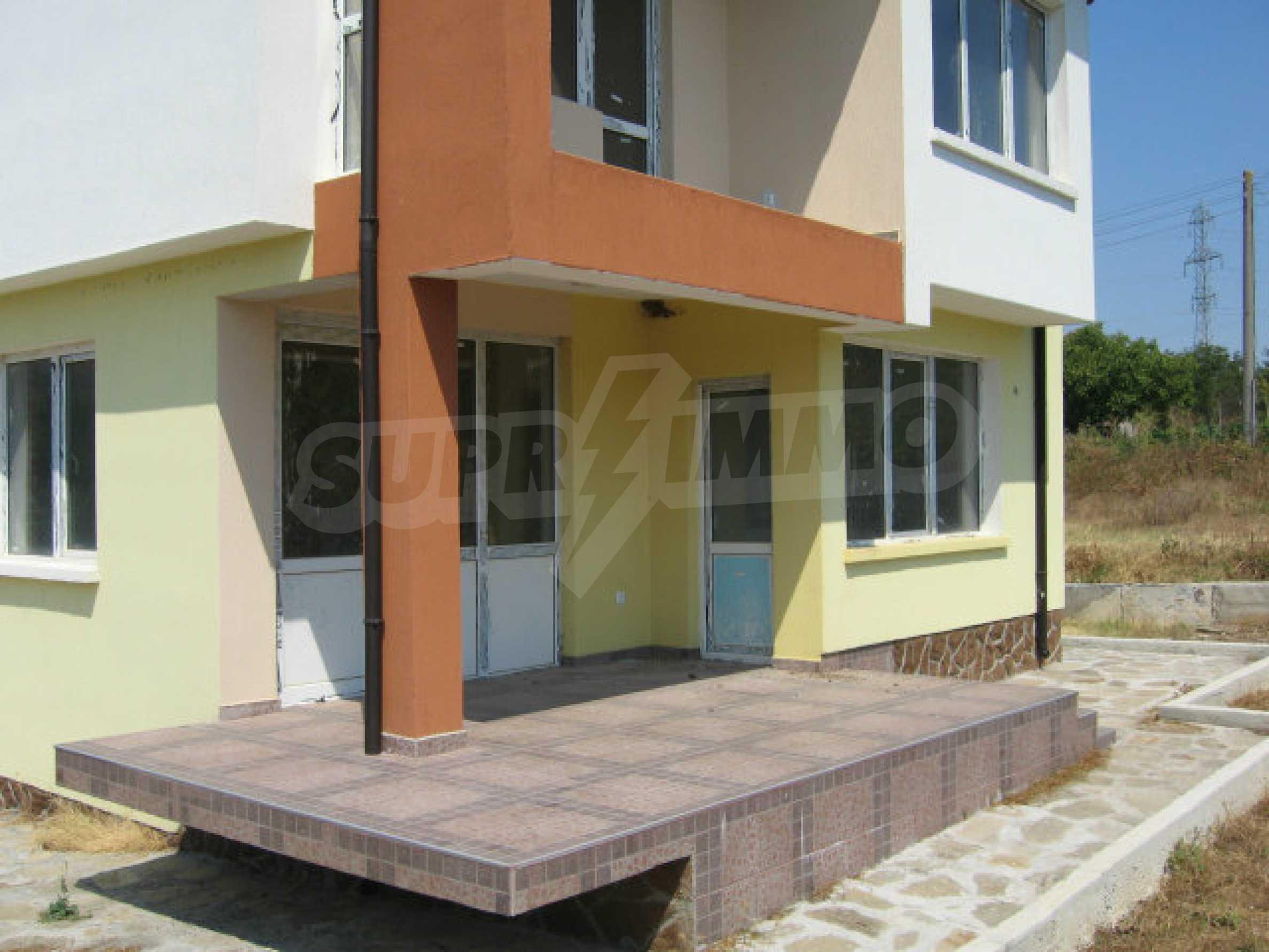 Schönes neues Haus mit schöner Aussicht auf Sakar in einem ruhigen Dorf in der Nähe von Topolovgrad 16