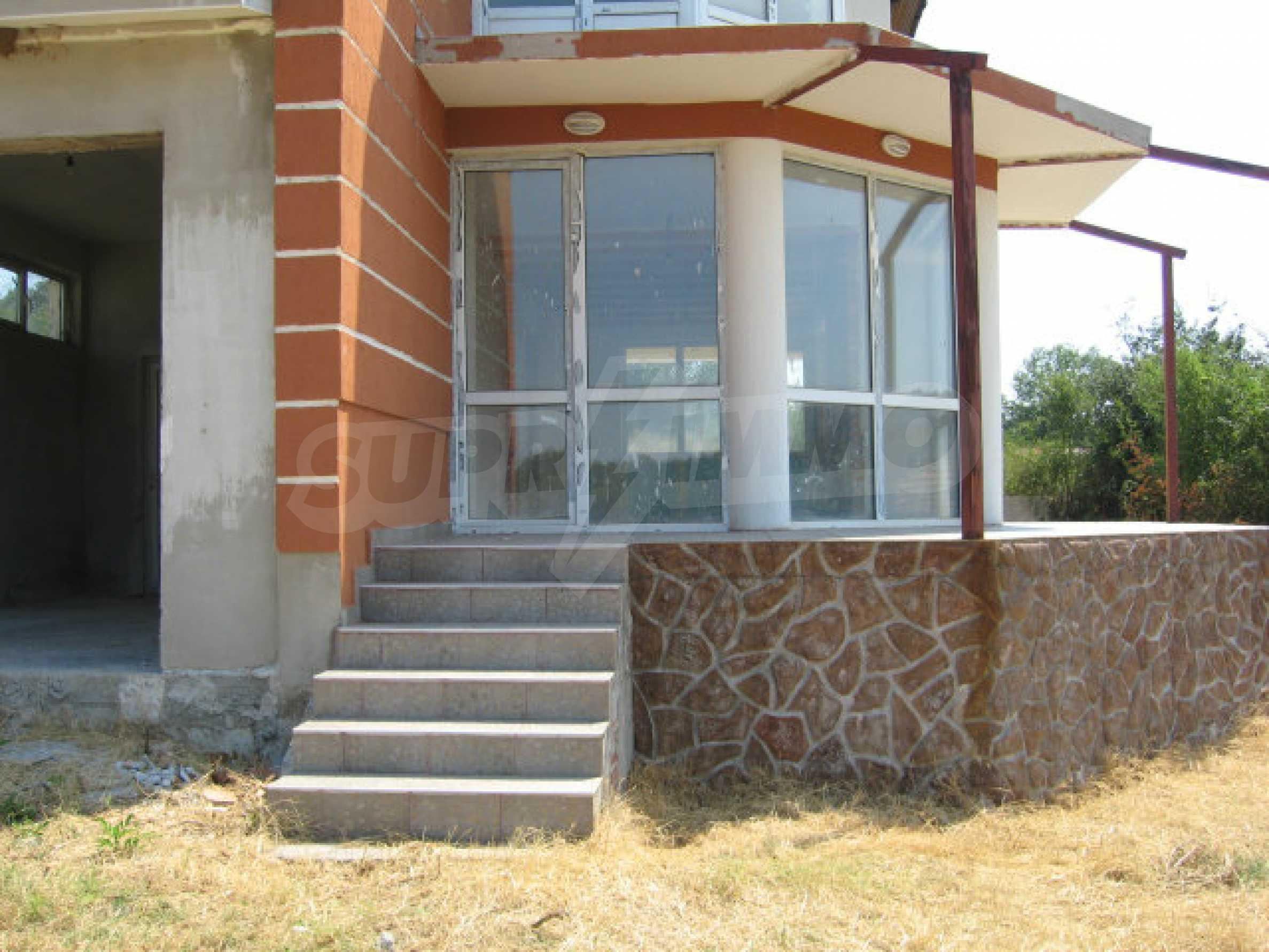 Schönes neues Haus mit schöner Aussicht auf Sakar in einem ruhigen Dorf in der Nähe von Topolovgrad 3