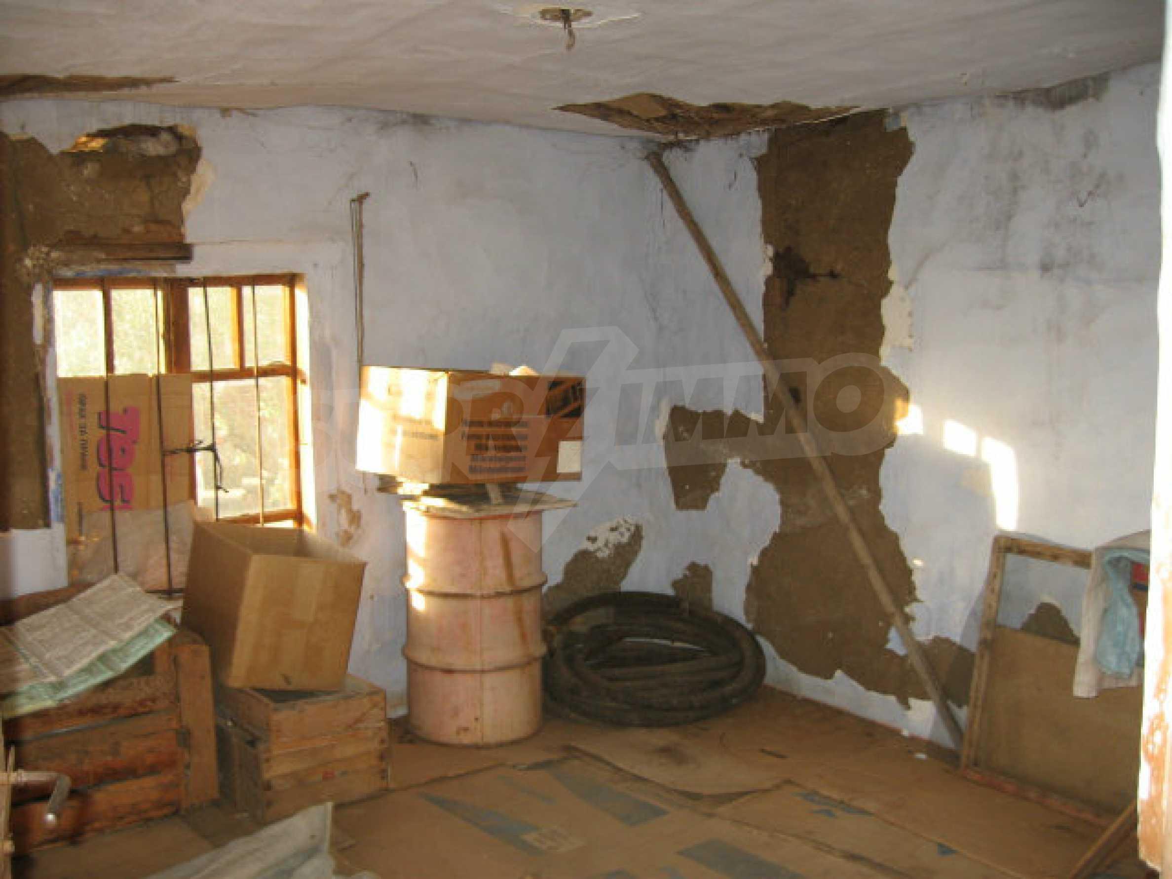 Authentisches 150 Jahre altes Haus in der Nähe von Elhovo und Tundzha River 3