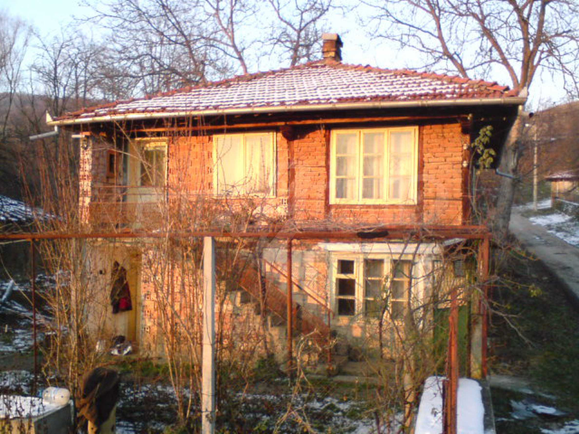 A house in a well developed village between the towns Lovech and Troyan 1