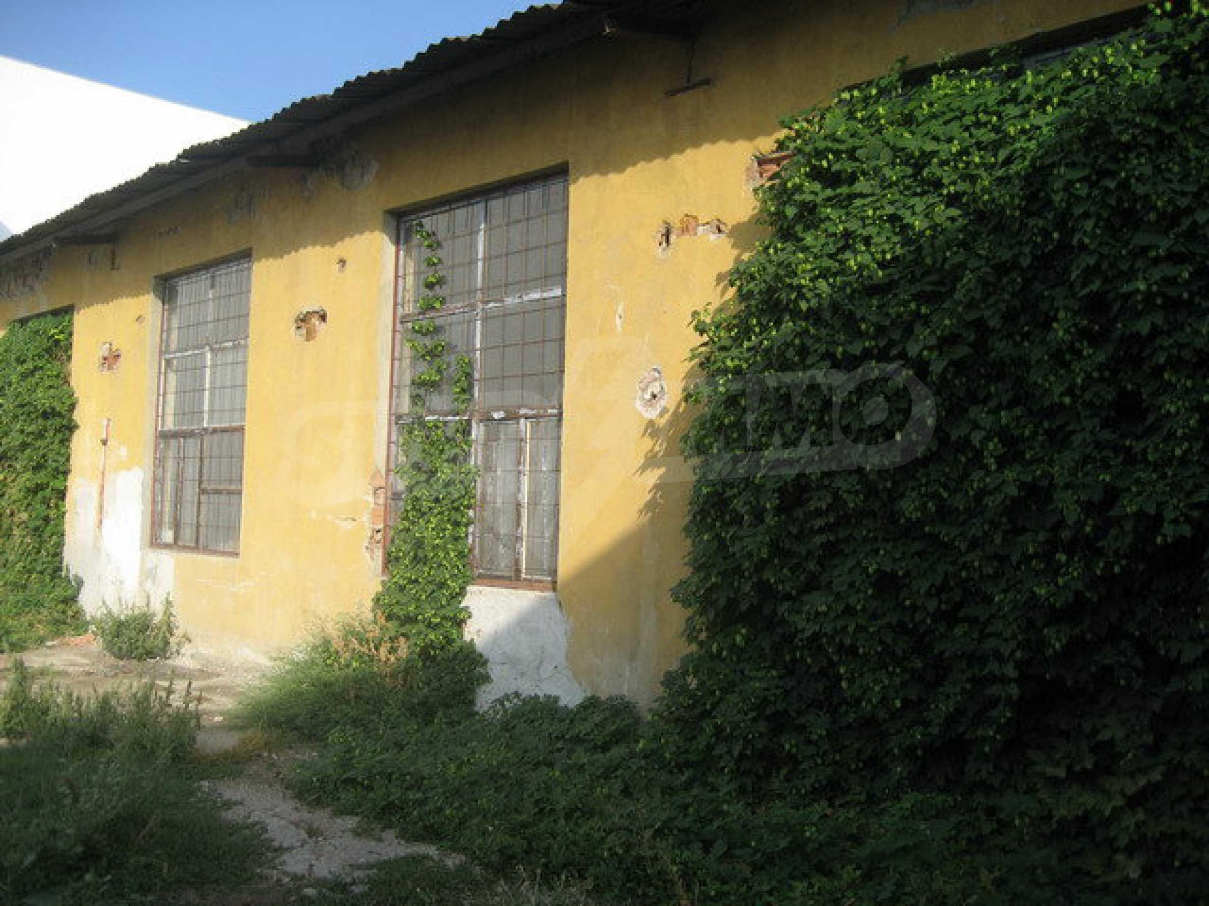 Plot of land with building in Veliko Tarnovo 2