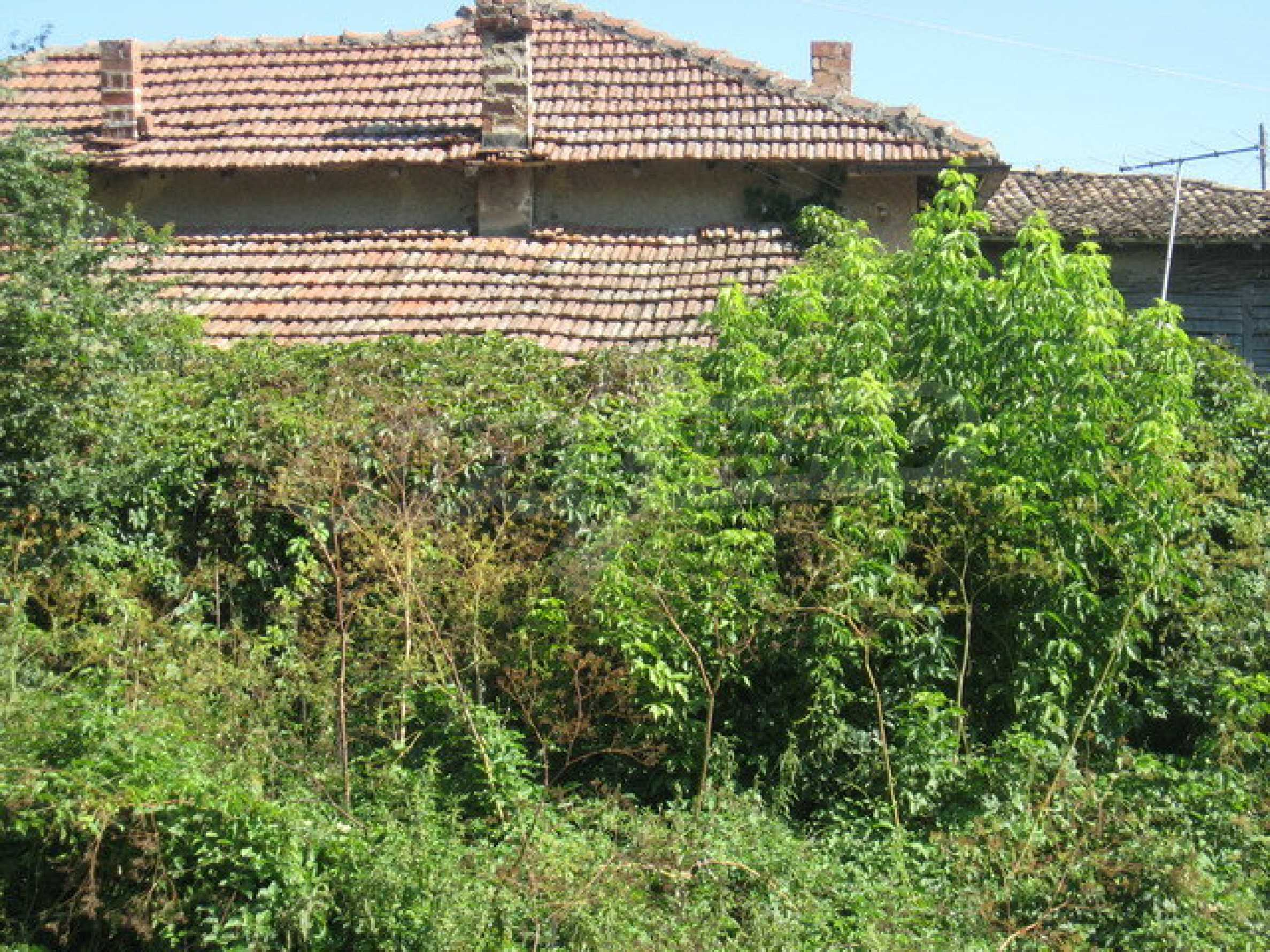 Тухлена къща в село близо до Велико Търново 14