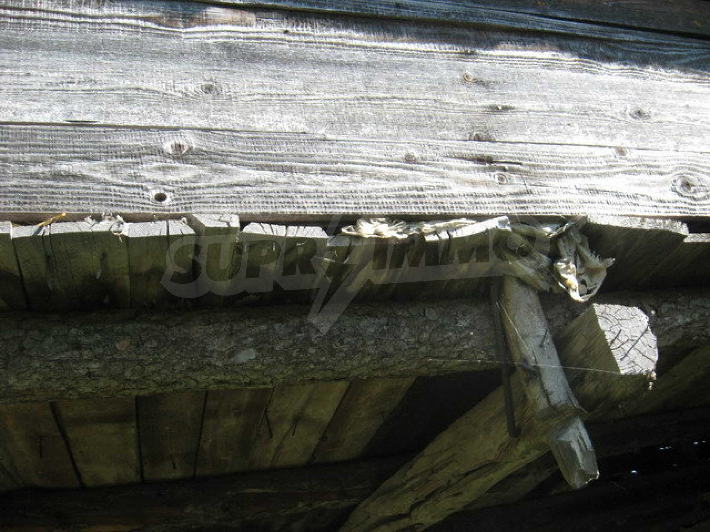 Кирпичный дом в деревне недалеко от Велико Тырново 25