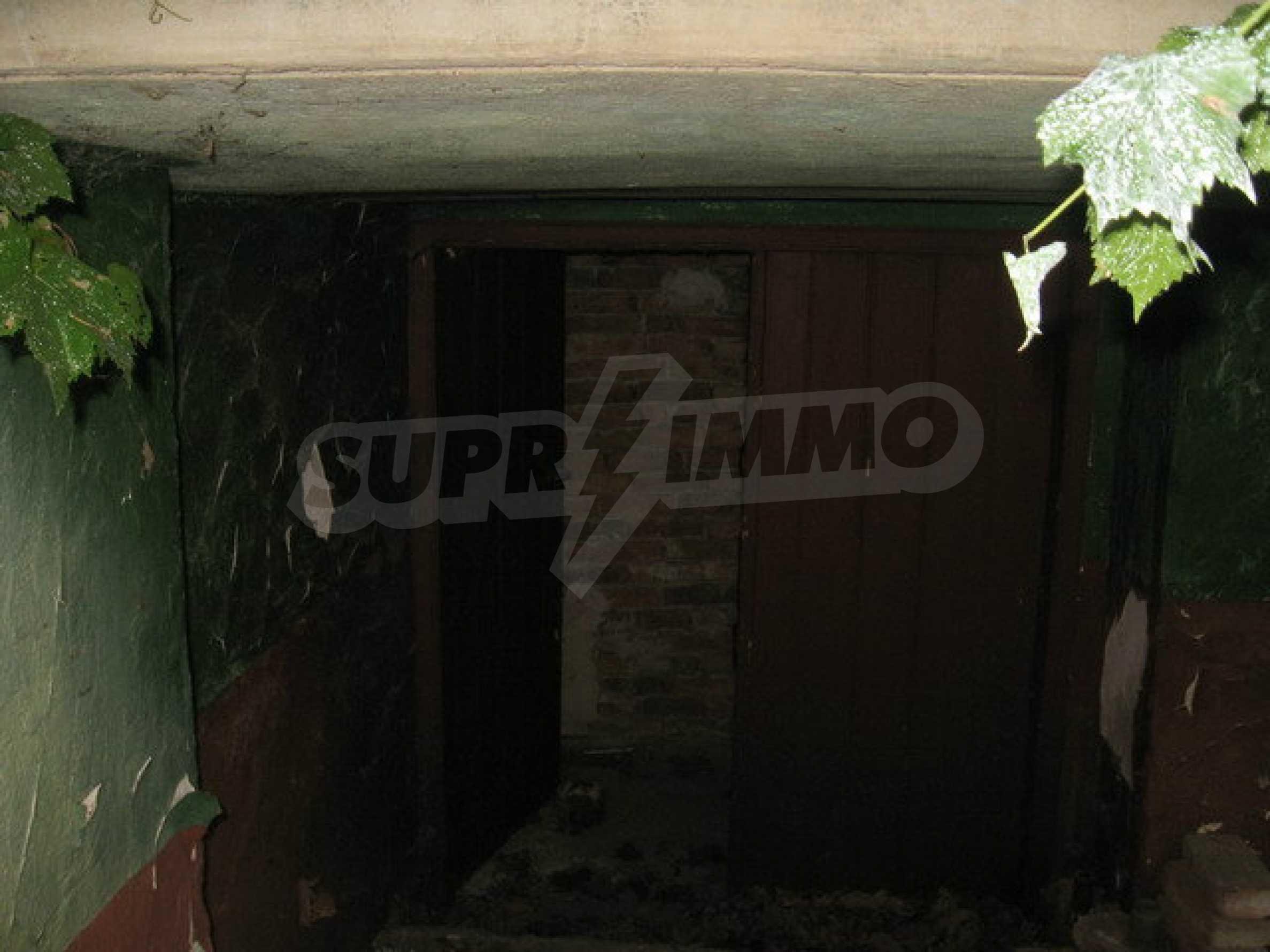 Тухлена къща в село близо до Велико Търново 3