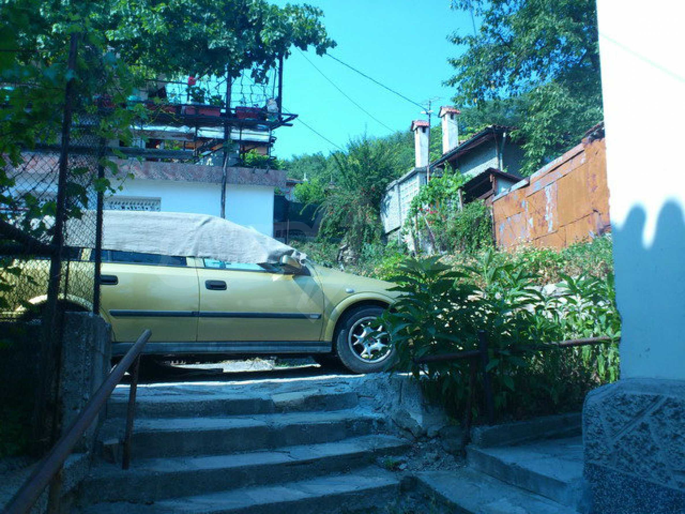 Regulated land in the old part of Veliko Tarnovo 2