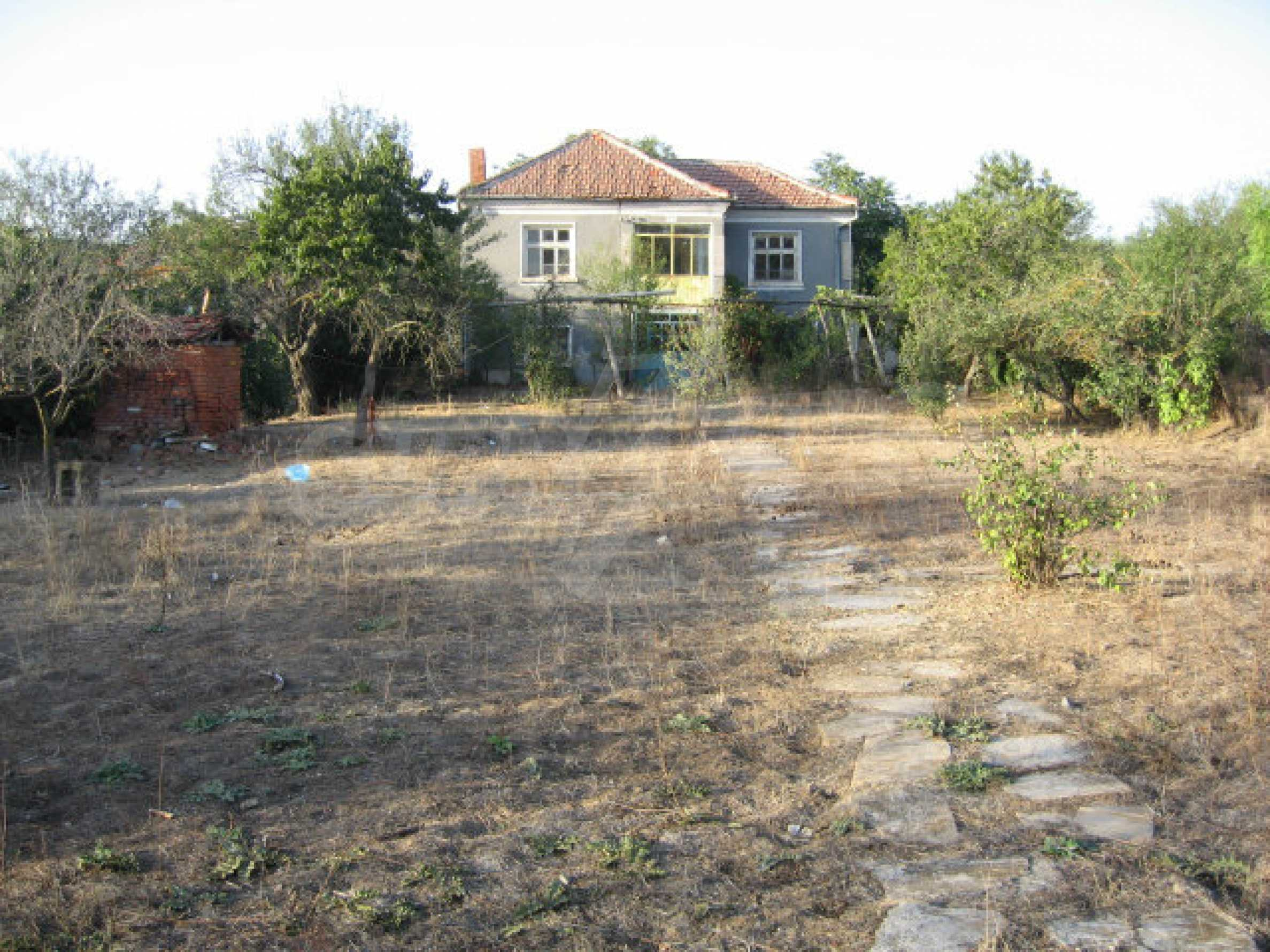 Sunny two-storey house with yard near the Tundzha river and Elhovo 33