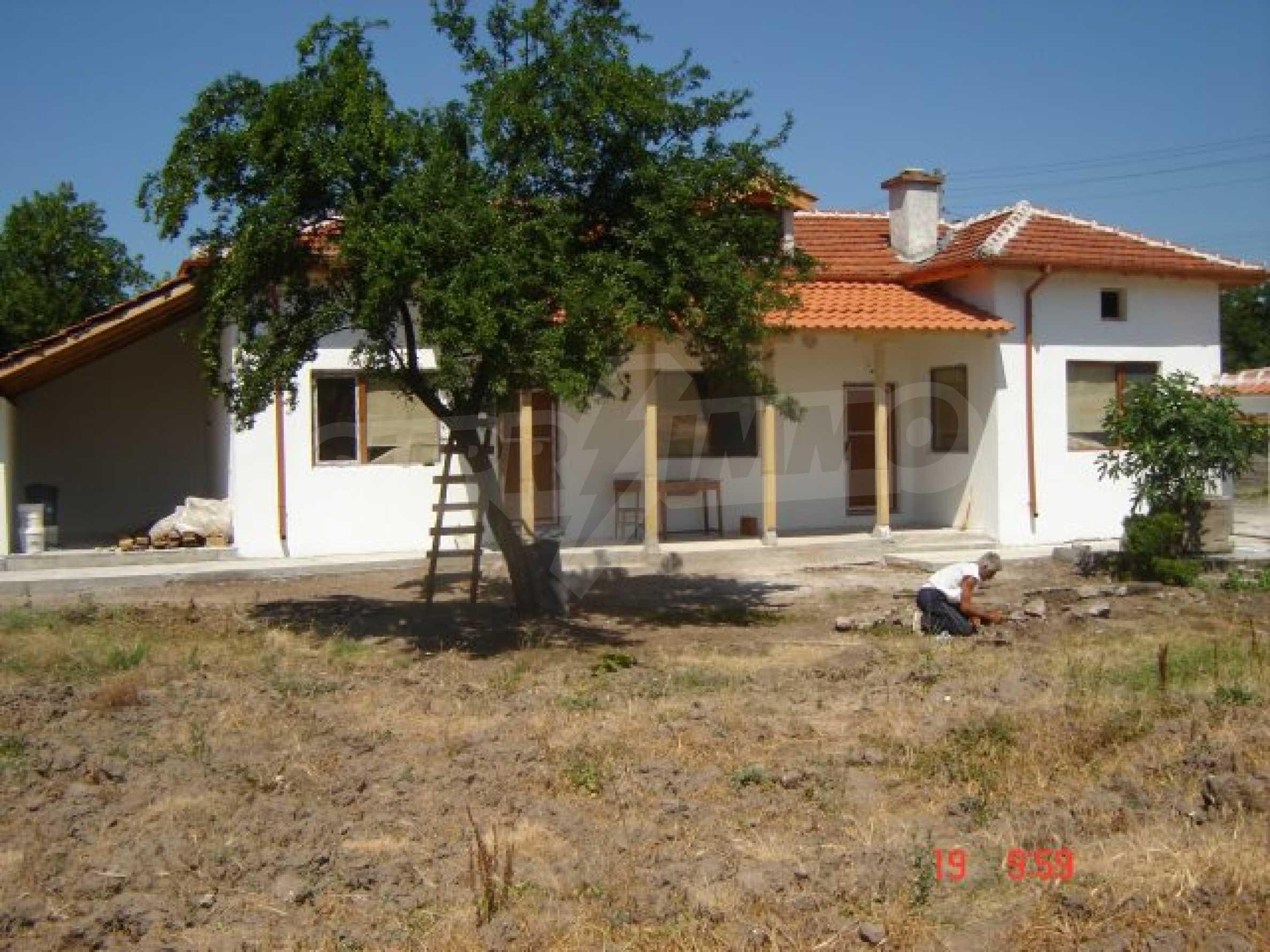 Neu gebautes Haus zum Verkauf in der Nähe von Ivaylovgrad Damm 1