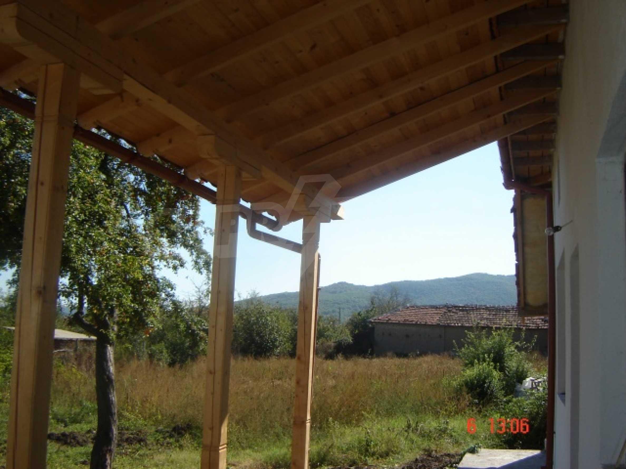Neu gebautes Haus zum Verkauf in der Nähe von Ivaylovgrad Damm 7