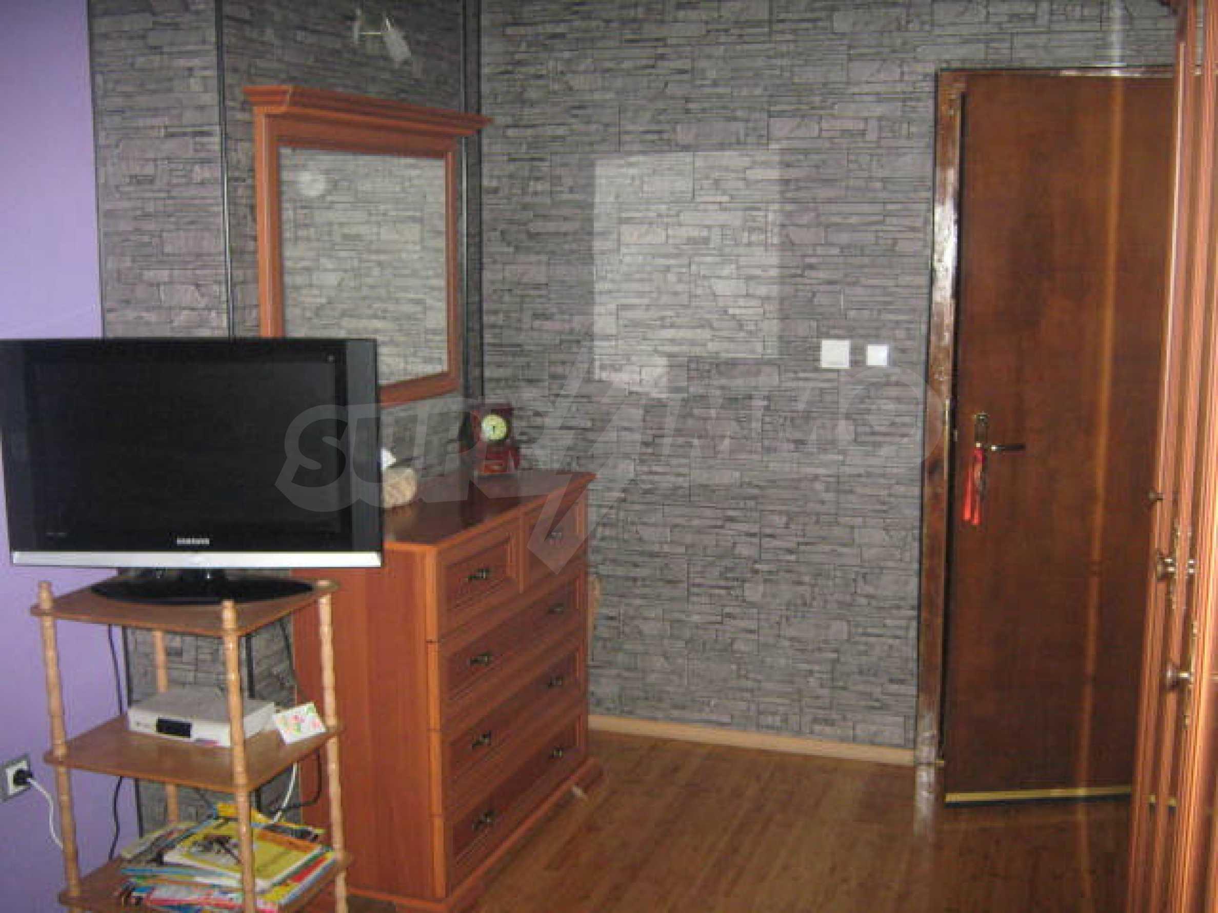 Луксозно обзаведен етаж от къща в гр.Видин  9