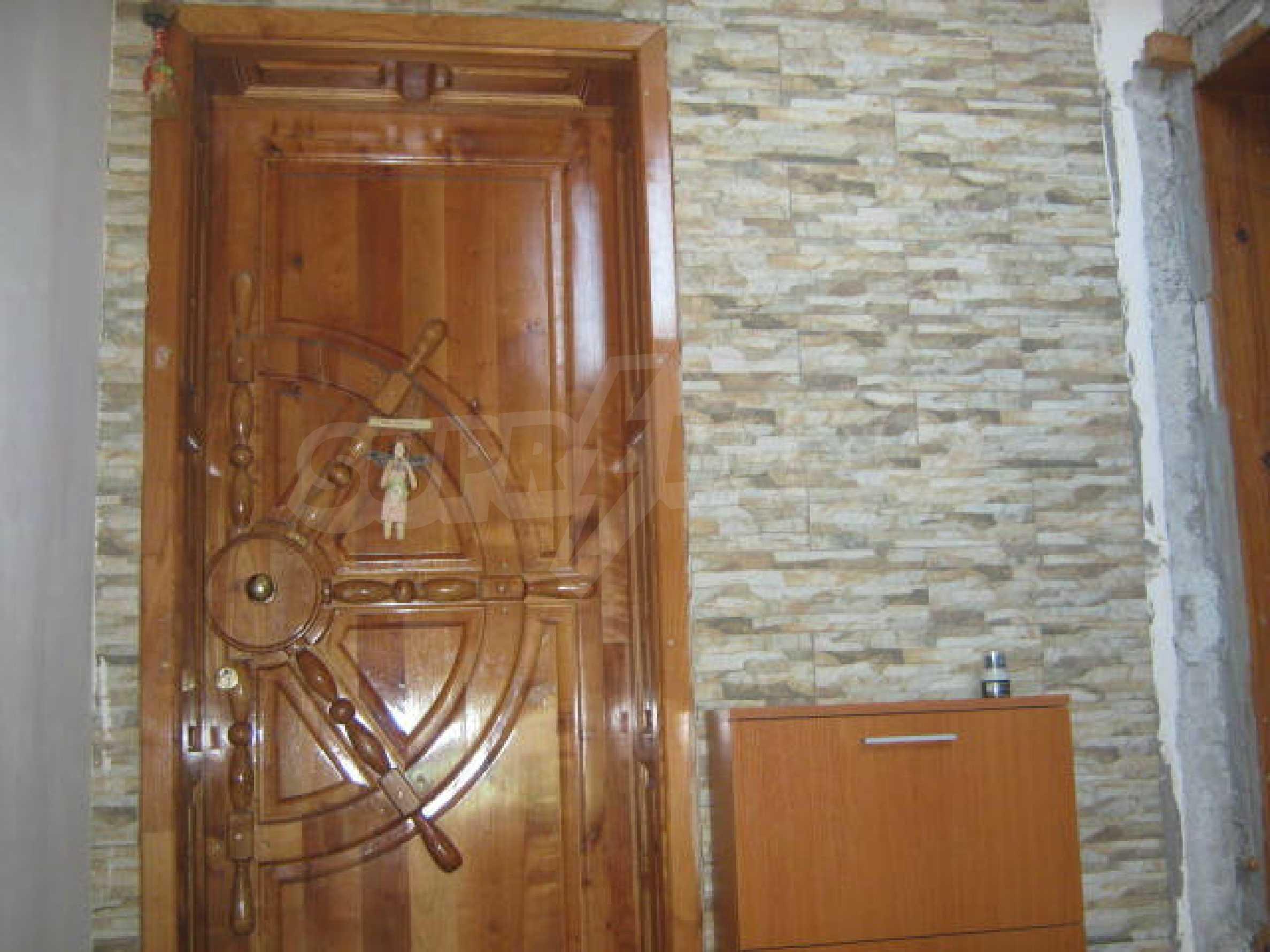 Луксозно обзаведен етаж от къща в гр.Видин  1