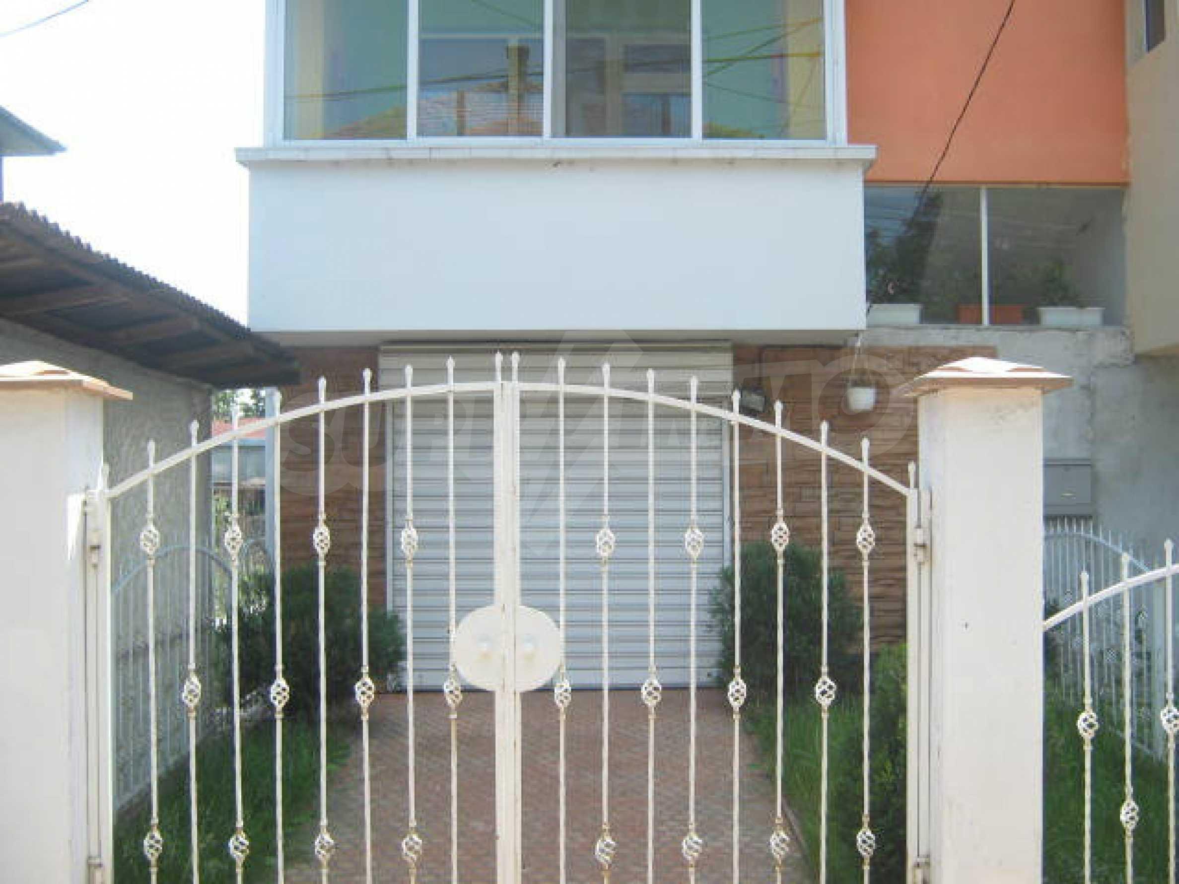 Луксозно обзаведен етаж от къща в гр.Видин  27